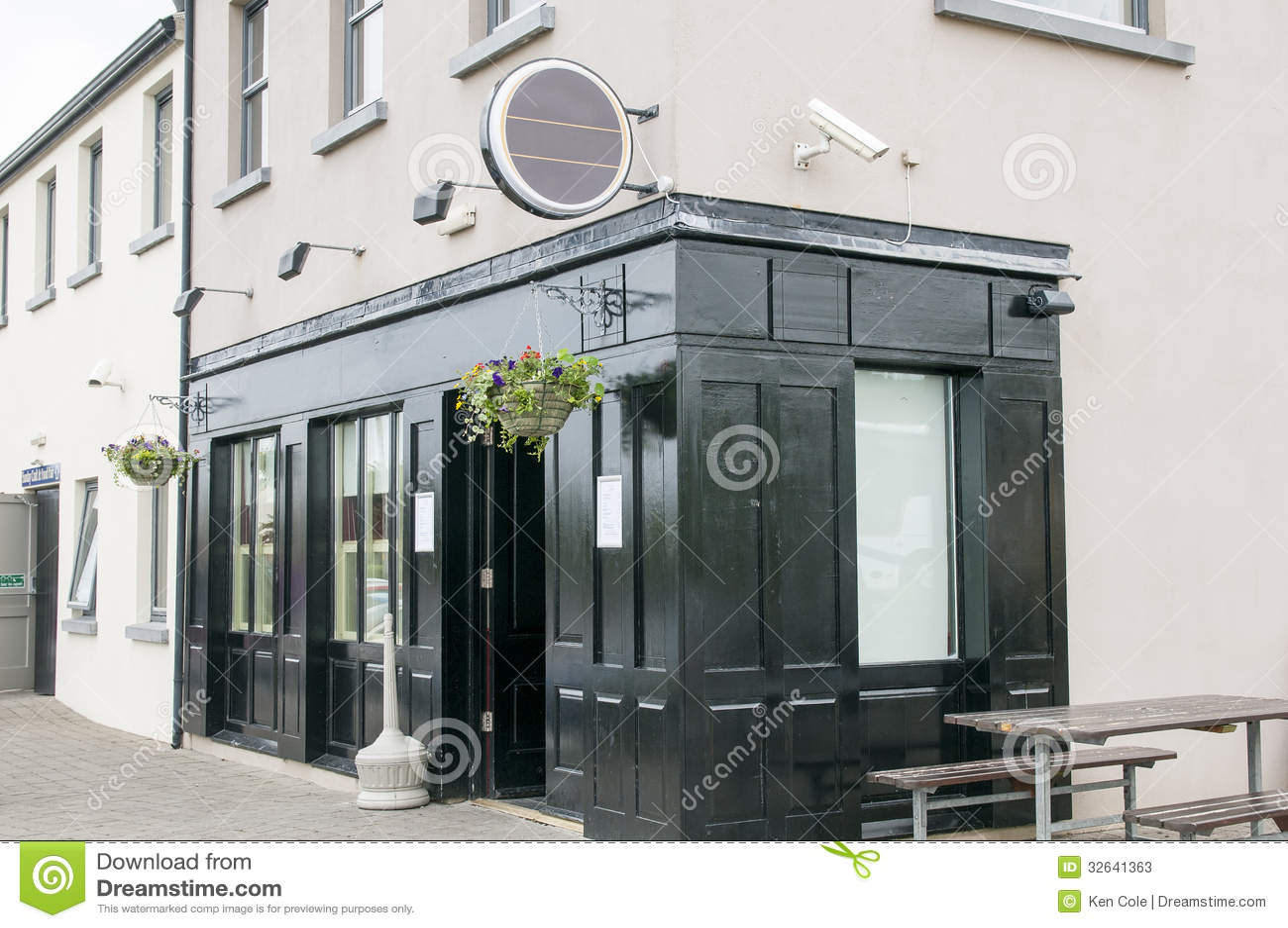 Ιρλανδική μπαρ ή ταβέρνα
