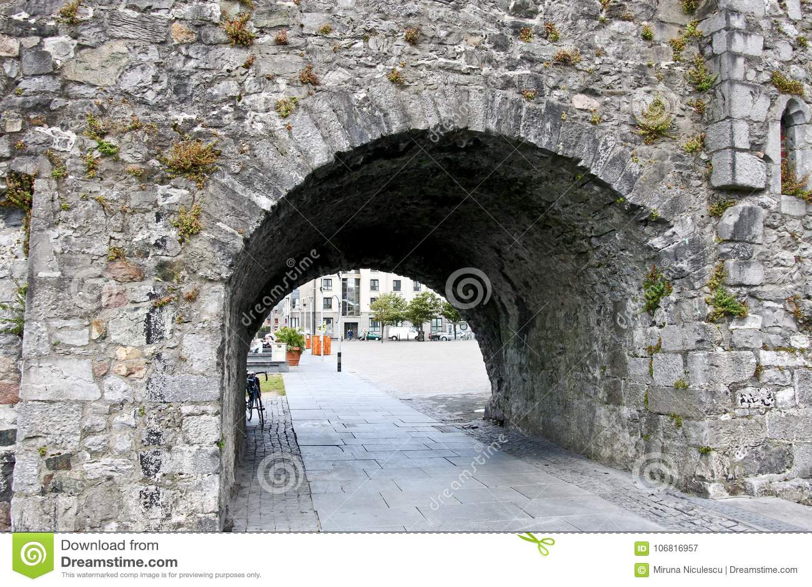 Ισπανική αψίδα κοντά στον ποταμό Corrib, Galway πόλη, κομητεία Galway