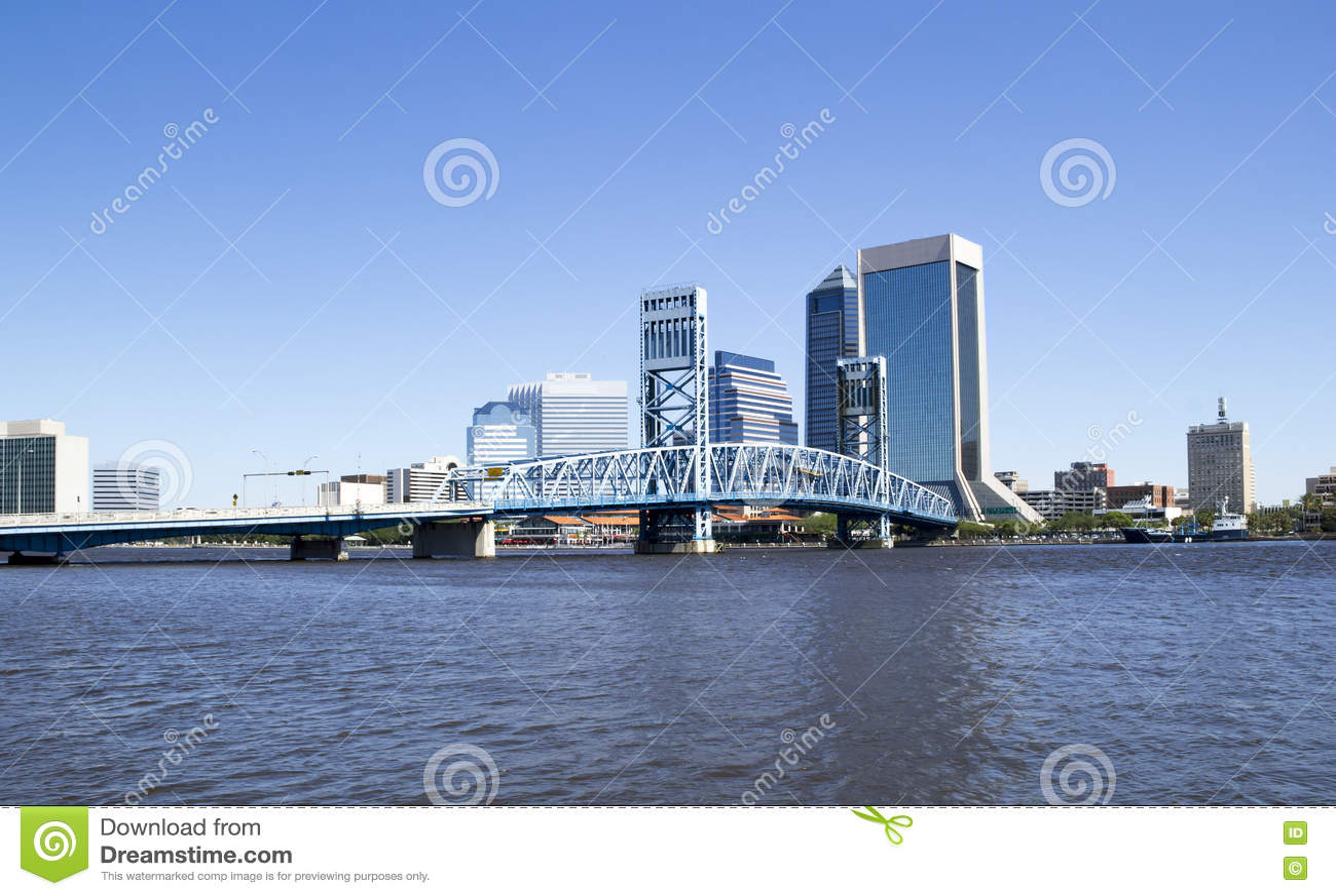 Ιστορική γέφυρα που οδηγεί στο στο κέντρο της πόλης Τζάκσονβιλ Φλώριδα