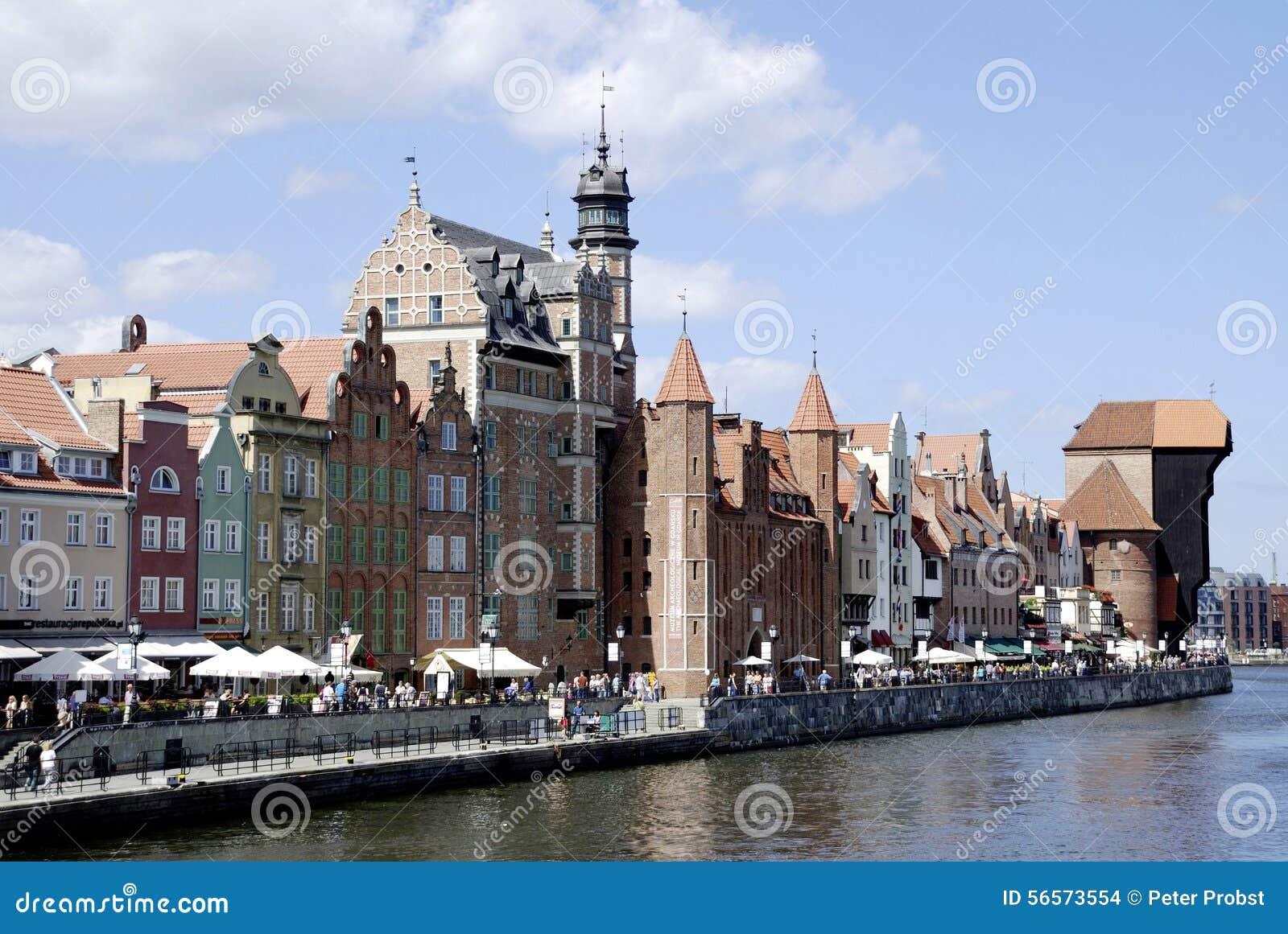 Download Ιστορική παλαιά πόλη του Γντανσκ στην Πολωνία Εκδοτική Στοκ Εικόνα - εικόνα από πολωνία, πεζός: 56573554
