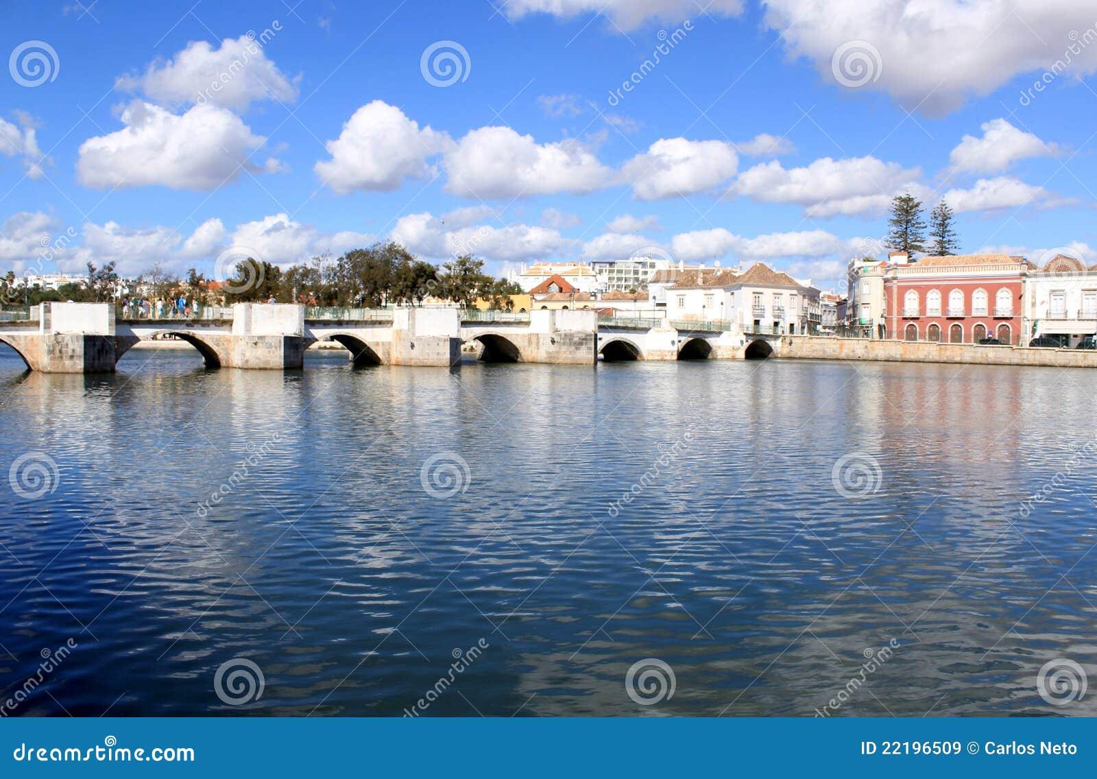 ιστορικό ρωμαϊκό tavira γεφυρών &t