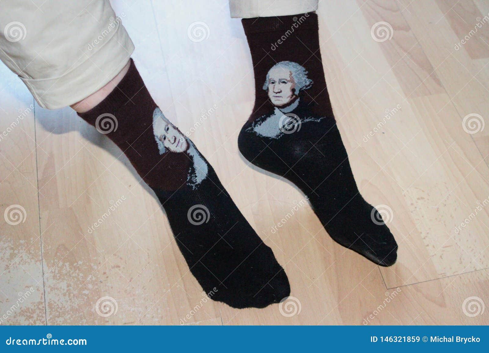 Κάλτσες με Μότσαρτ στα μαλακά πόδια