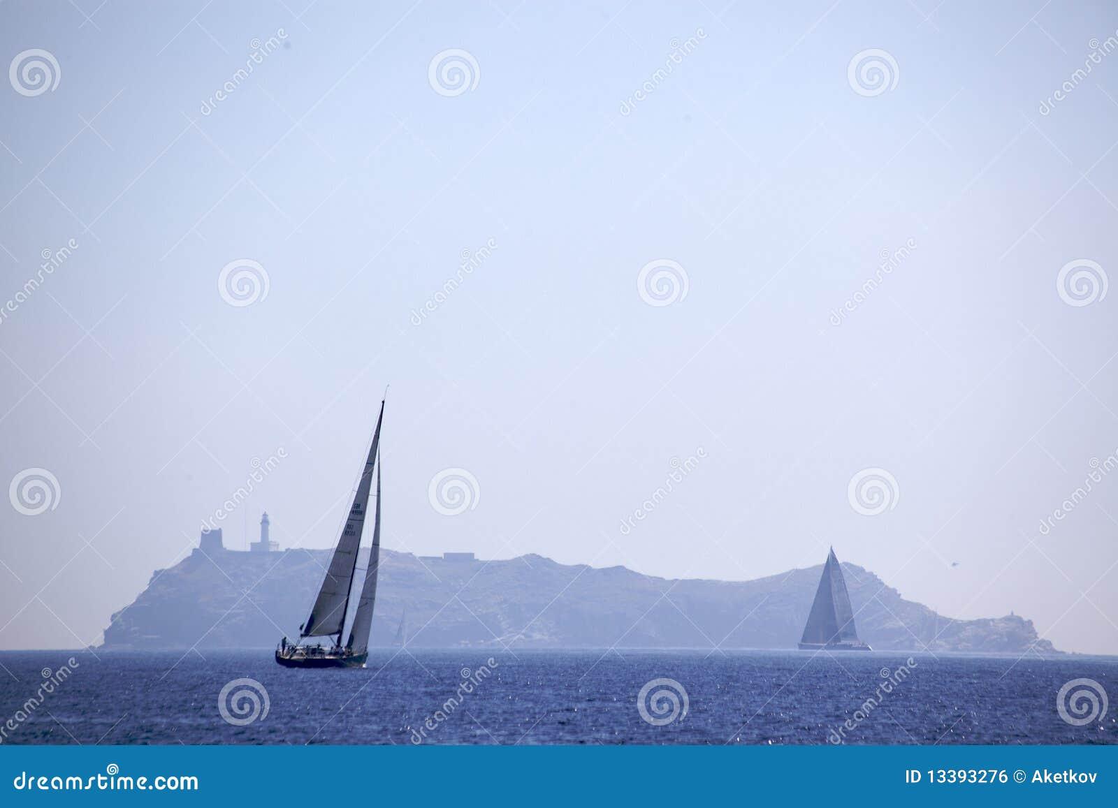 κάμπτοντας νησί giraglia