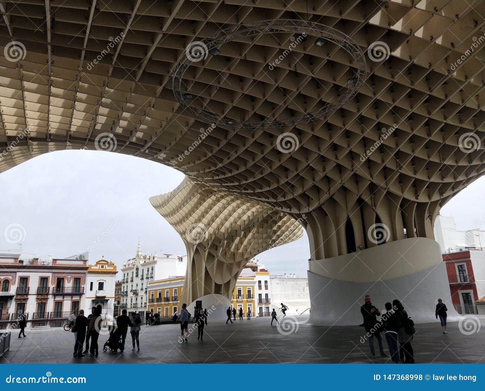 Κάπου στη μέση του πουθενά στη Σεβίλη, Ισπανία