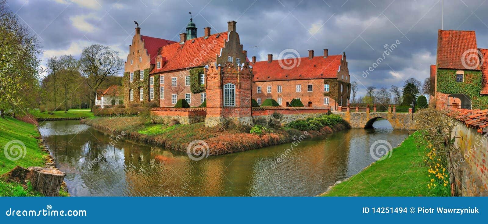 κάστρο μικρά σουηδικά