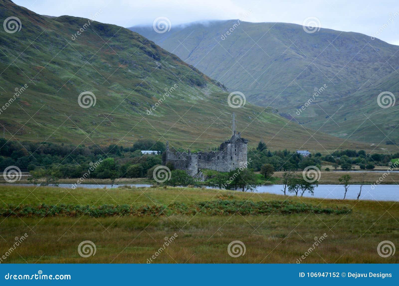 Κάστρο Kilchurn στο δέο λιμνών