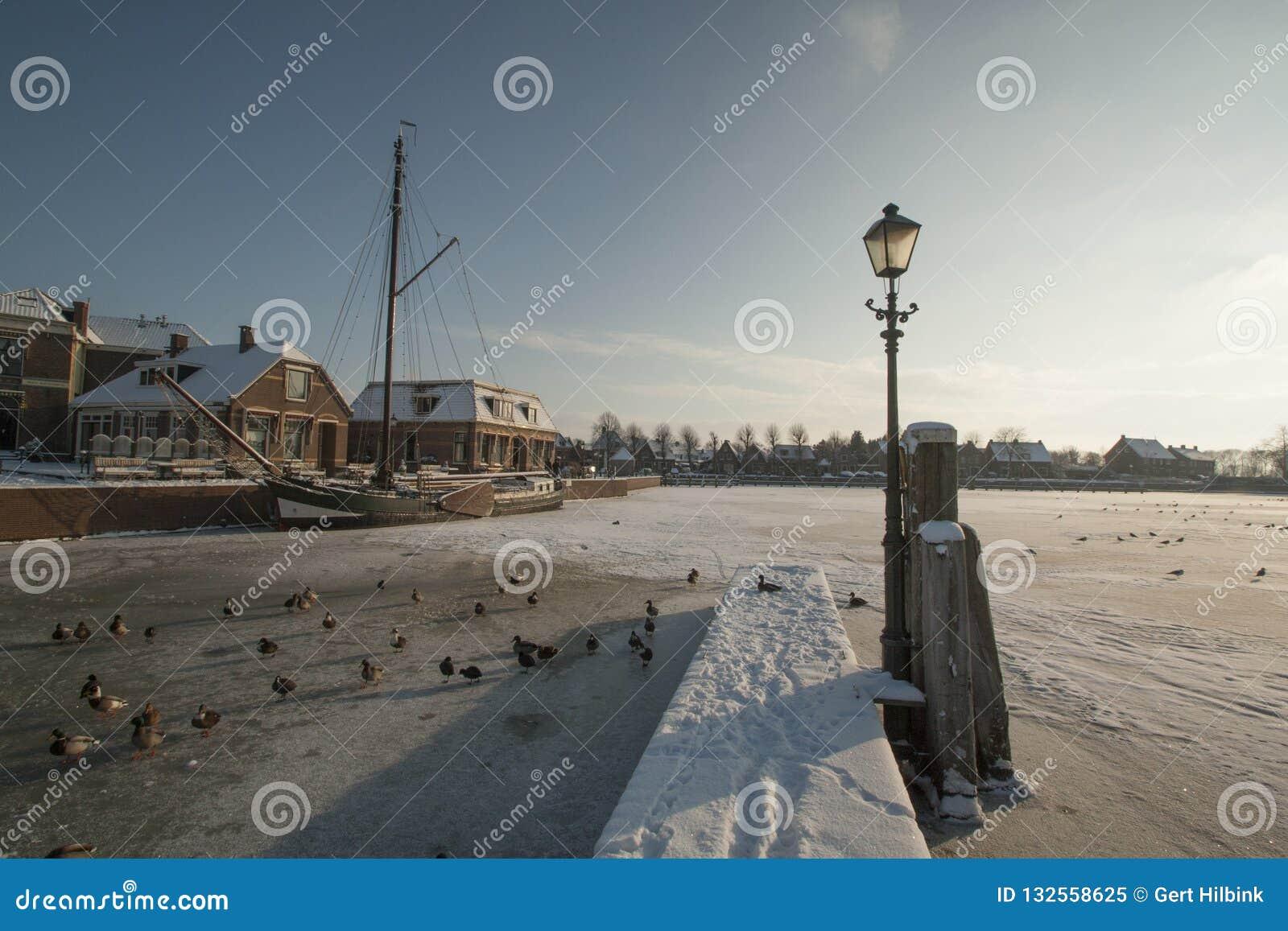 Κάτω Χώρες, τοπία και μύλοι στο wintertime