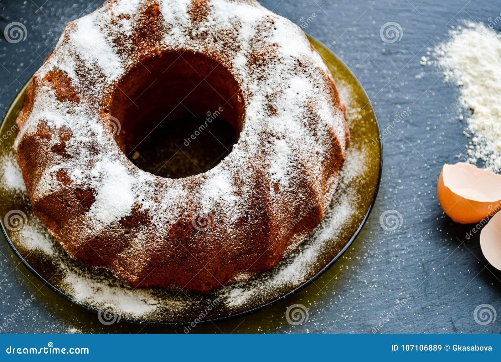 Κέικ λεμονιών Bundt