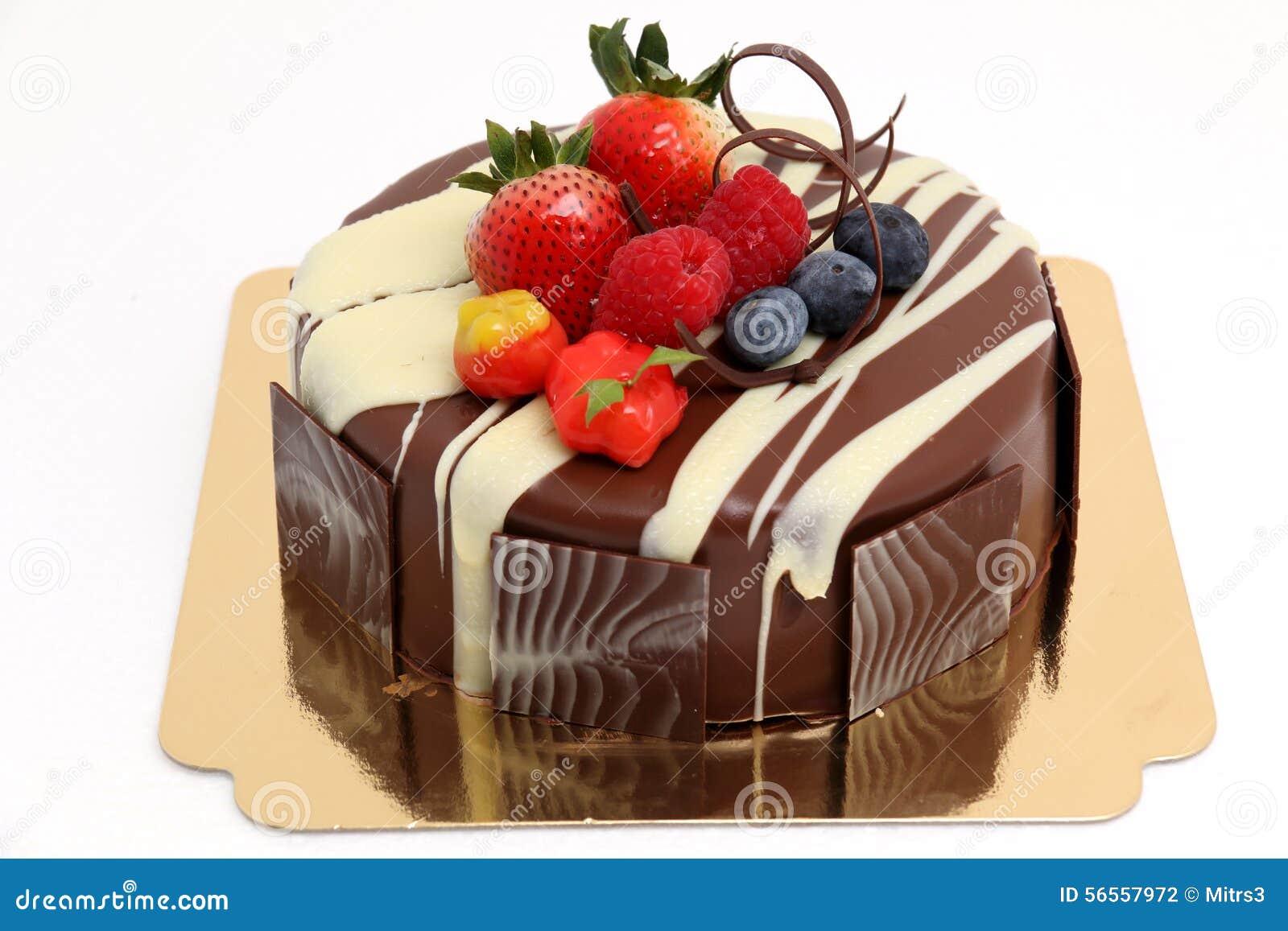 Download Κέικ σοκολάτας με το κάλυμμα φραουλών Στοκ Εικόνες - εικόνα από γλυκός, τήξη: 56557972