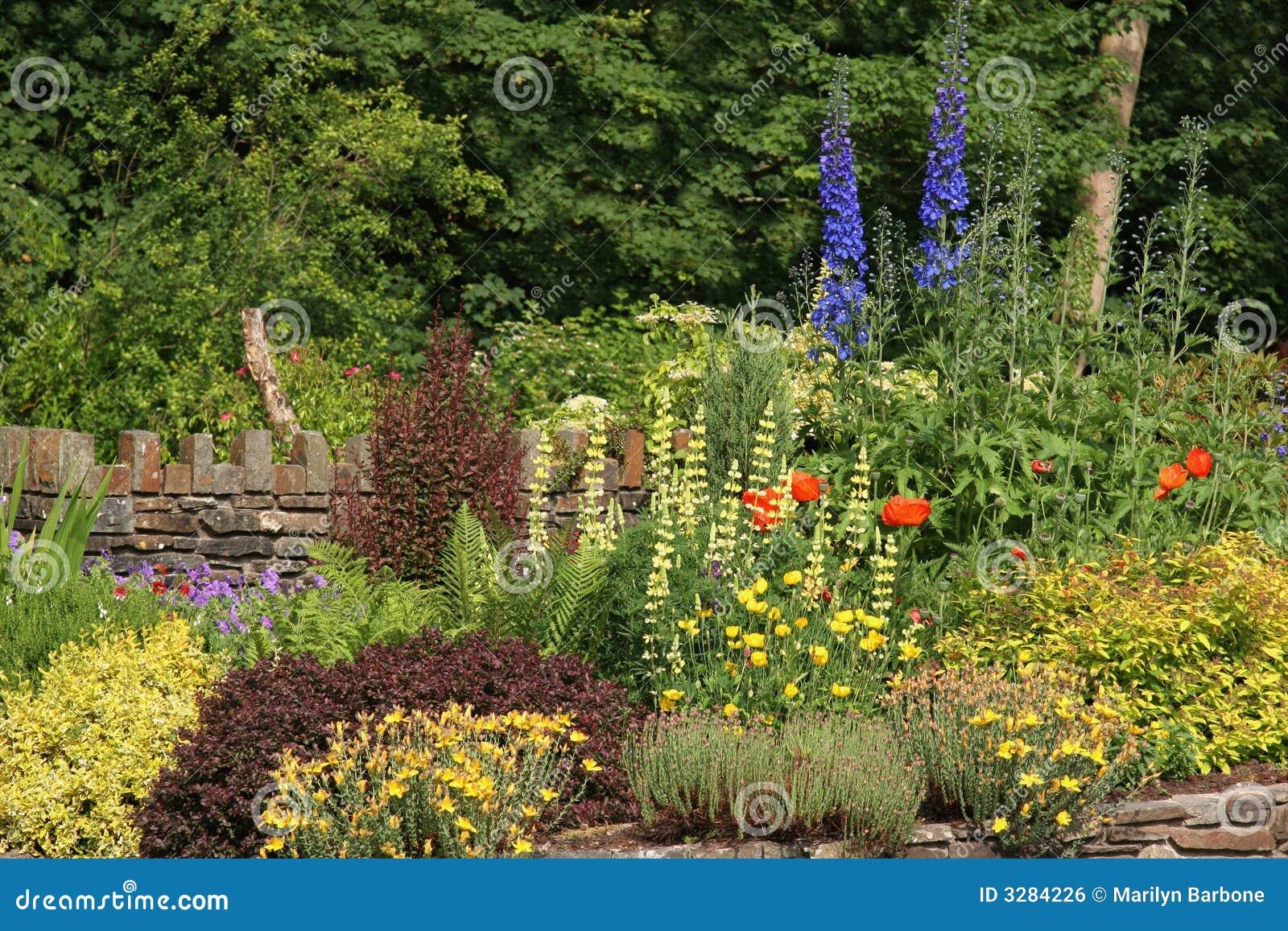 κήπος εξοχικών σπιτιών