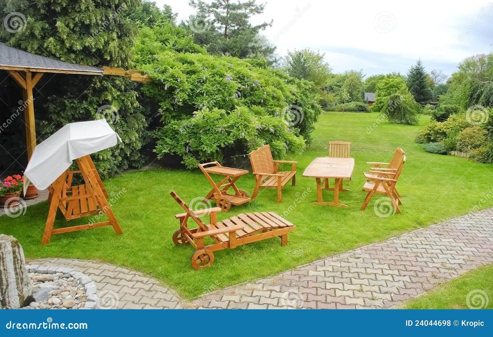 κήπος επίπλων