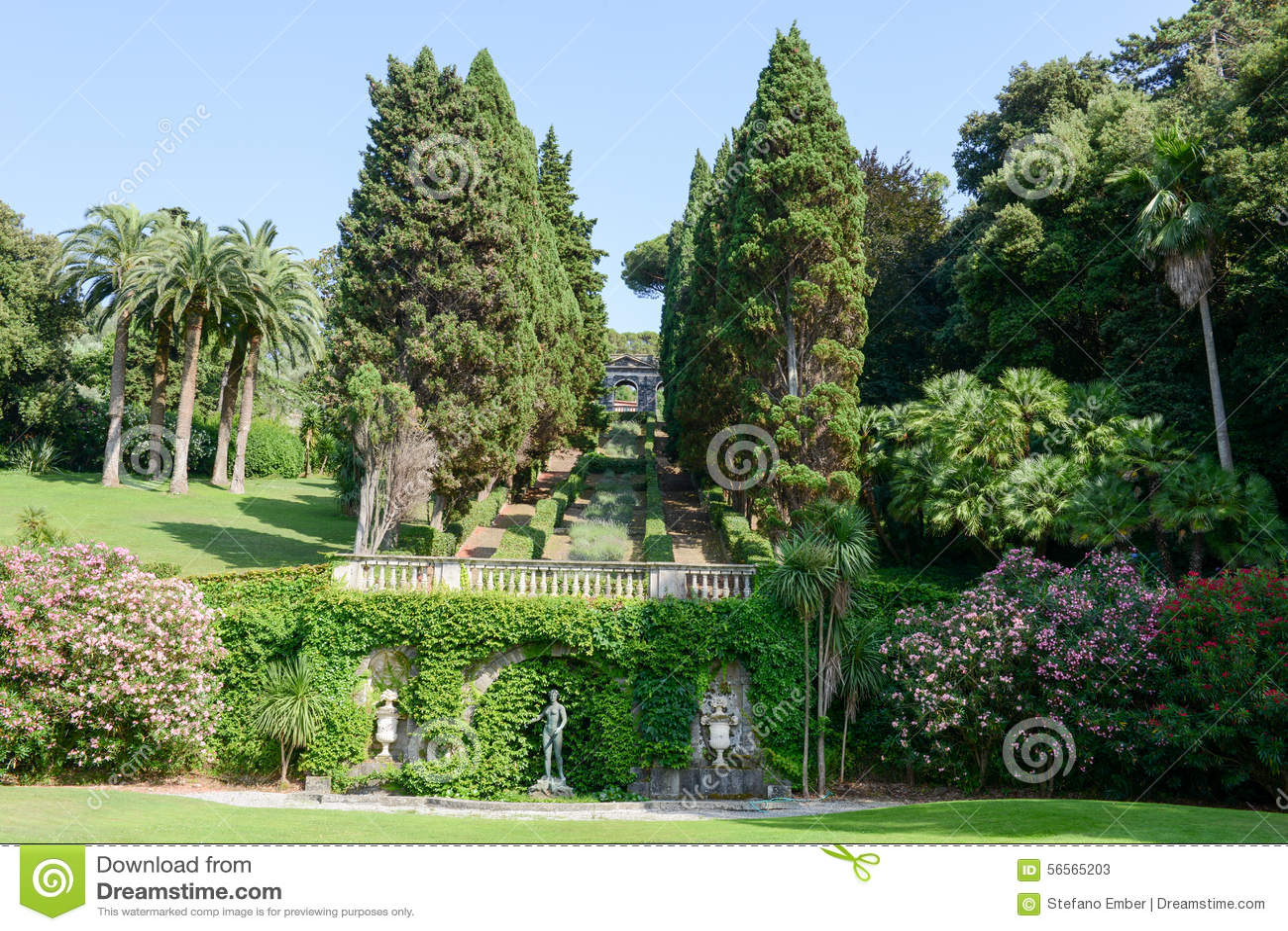 Download Κήπος μιας βίλας σε Levano στη Λιγυρία Στοκ Εικόνα - εικόνα από ιταλικά, τοπίο: 56565203