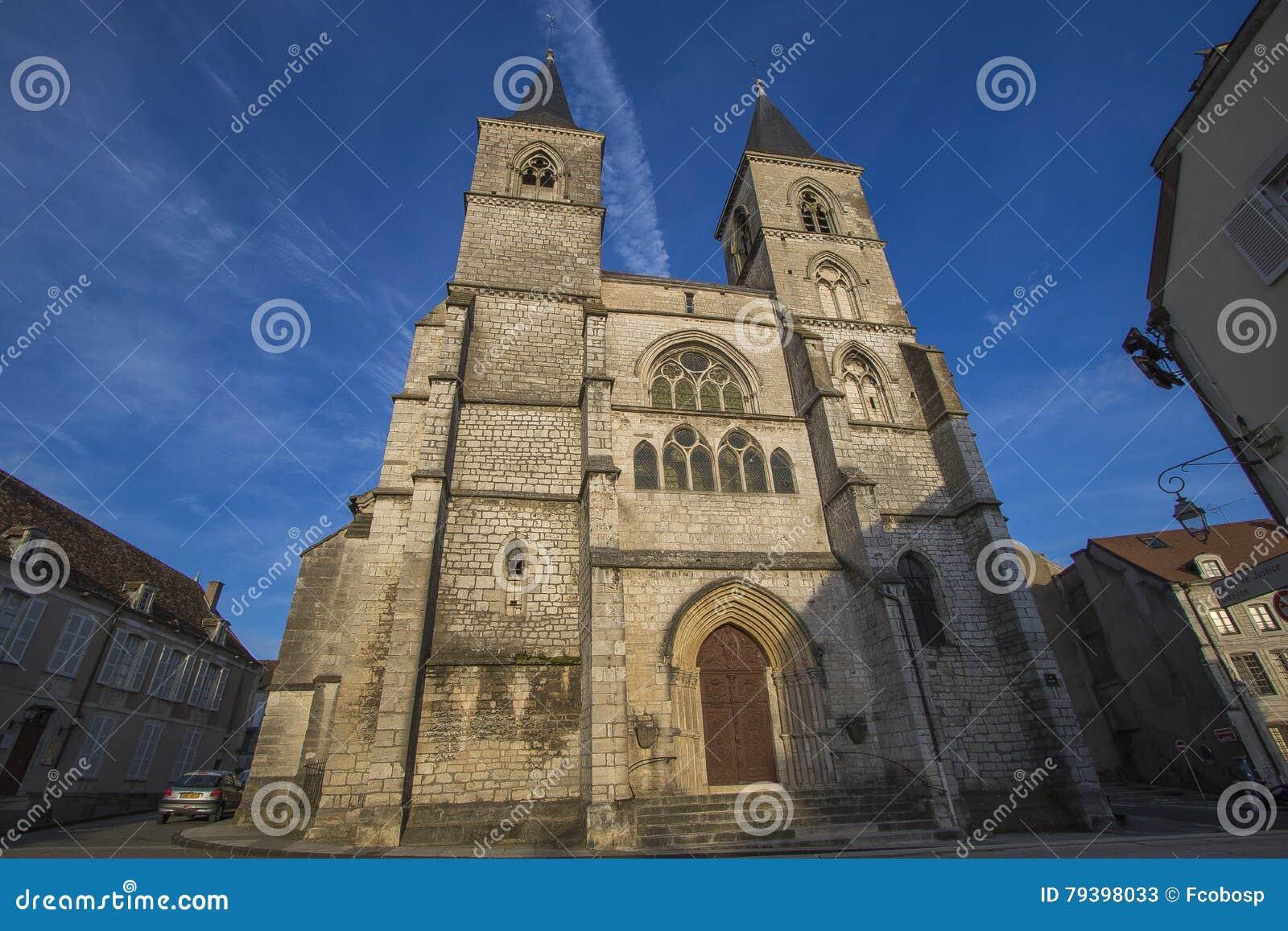 Καθεδρικός ναός του Σωμόν, Γαλλία