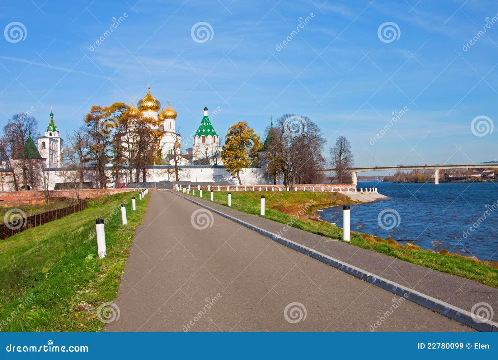 Καθεδρικός ναός χριστιανισμού στη Ρωσία, πόλη Kostroma, μοναστήρι Ipatievsky