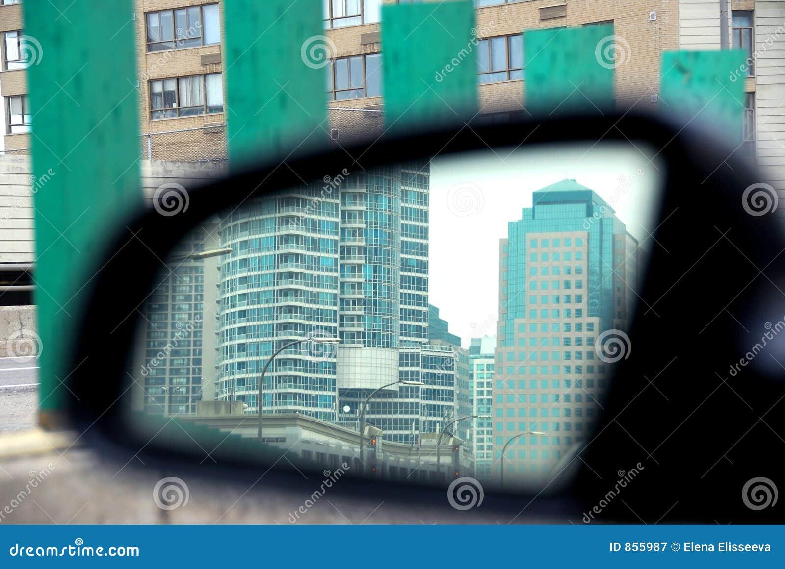 καθρέφτης αυτοκινήτων