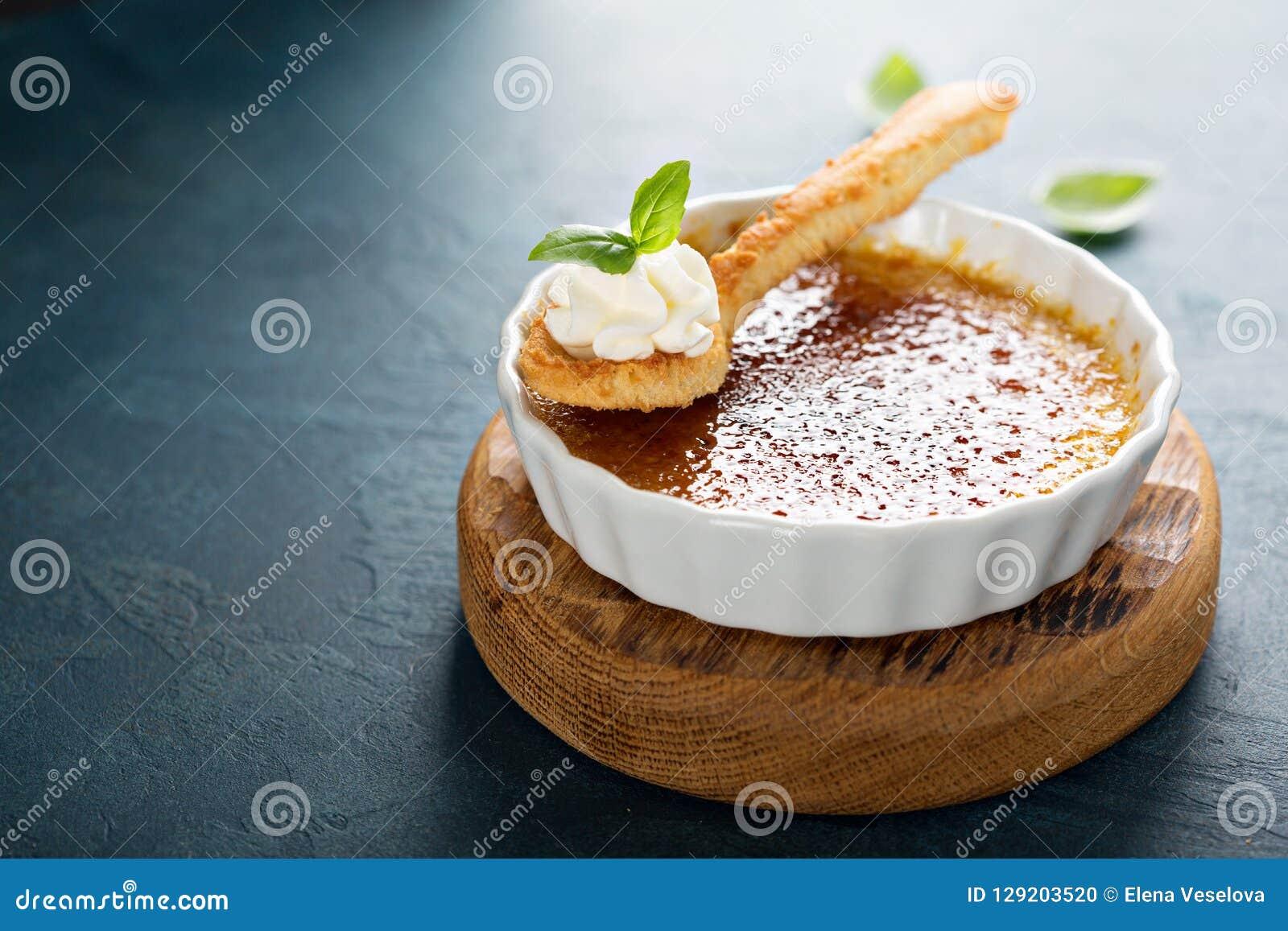 καμμένο creme επιδόρπιο