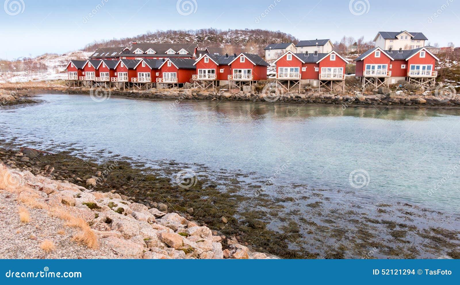 Καμπίνες rorbu προκυμαιών σε Stokmarknes, Νορβηγία
