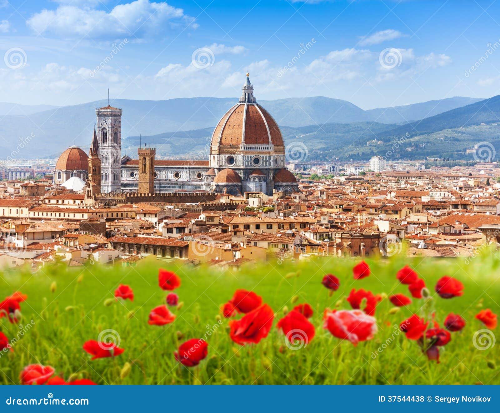 Καμπαναριό της Φλωρεντίας, Duomo και Giotto.