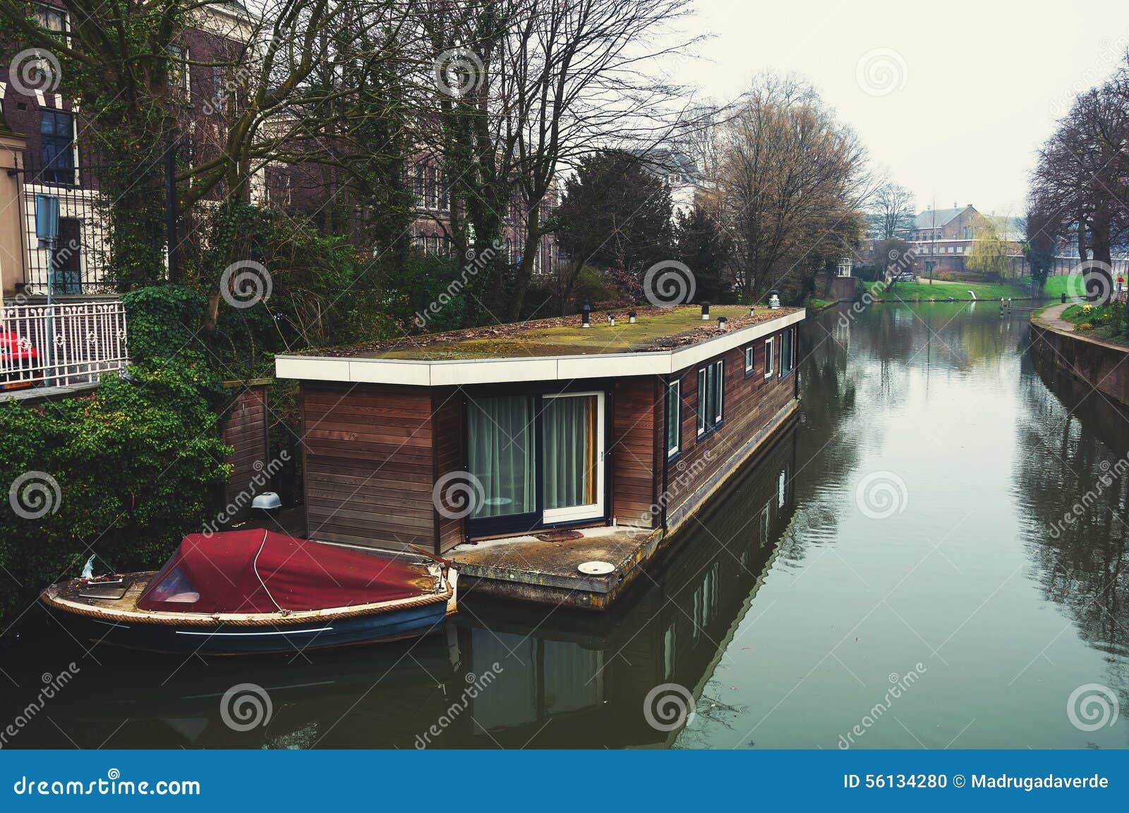 Κανάλια της Ουτρέχτης, Κάτω Χώρες στο λυκόφως