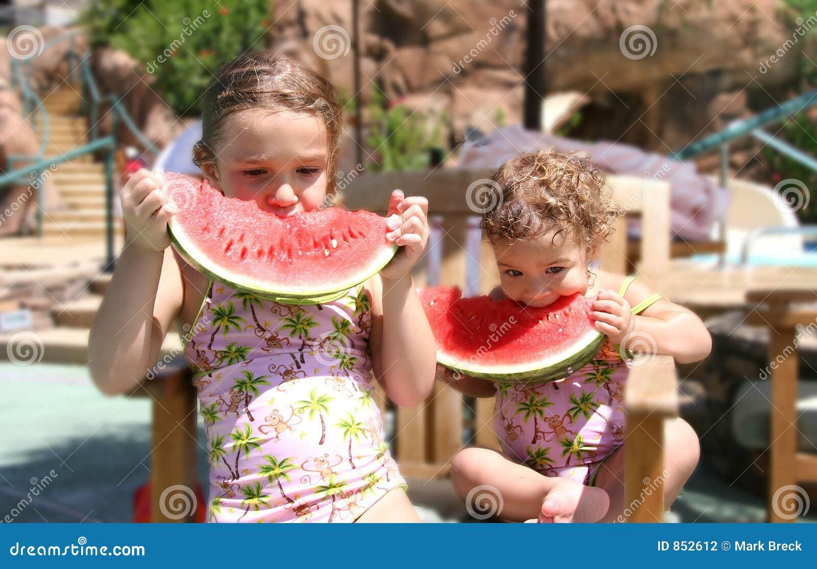 καρπούζι κοριτσιών