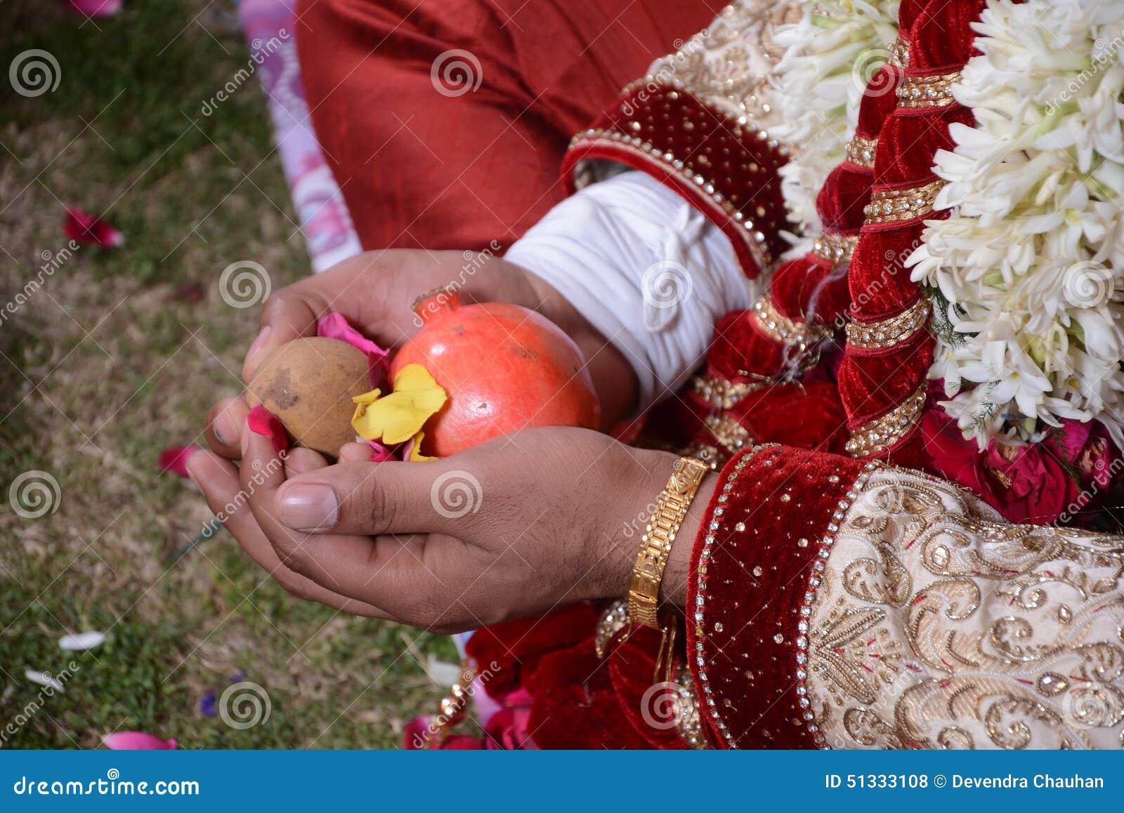 κατά τη διάρκεια ενός pooja γάμου