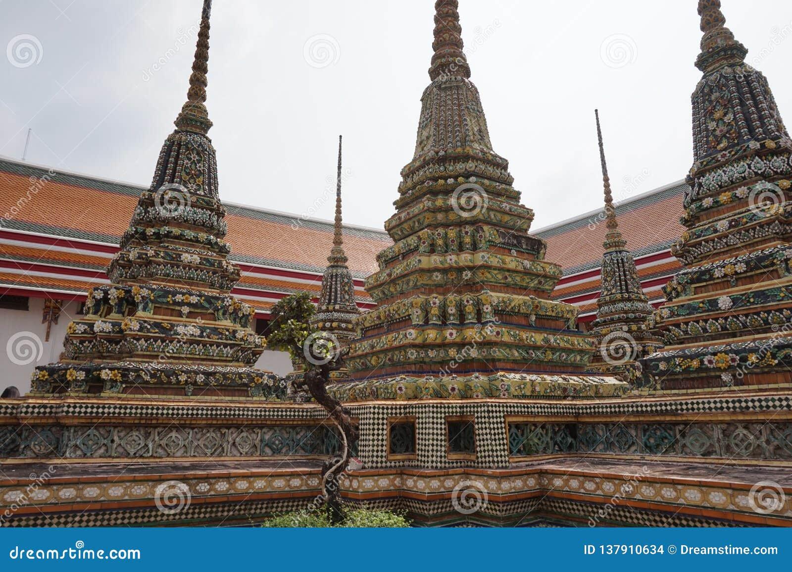 Καταπληκτικοί ναοί στη Μπανγκόκ Ταϊλάνδη