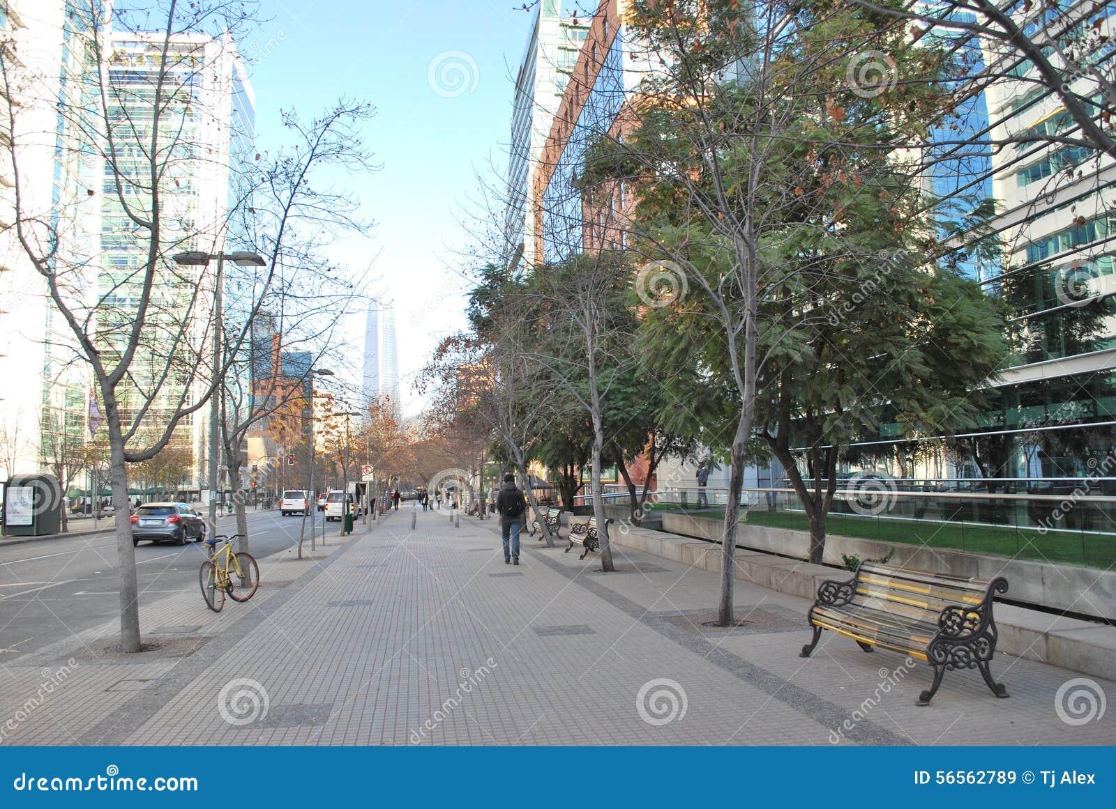Download Καταπληκτικοί ουρανοξύστες στο Σαντιάγο, Χιλή Στοκ Εικόνα - εικόνα από τοπίο, ξενοδοχεία: 56562789
