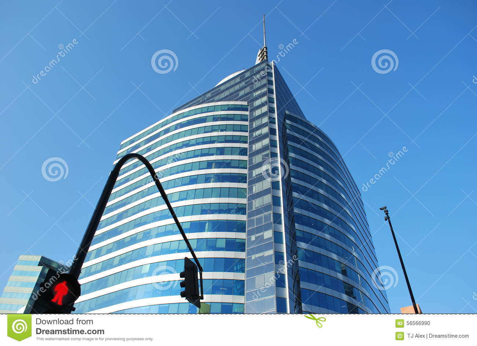 Download Καταπληκτικοί ουρανοξύστες στο Σαντιάγο, Χιλή Στοκ Εικόνες - εικόνα από αυτοκίνητα, χιλή: 56566990