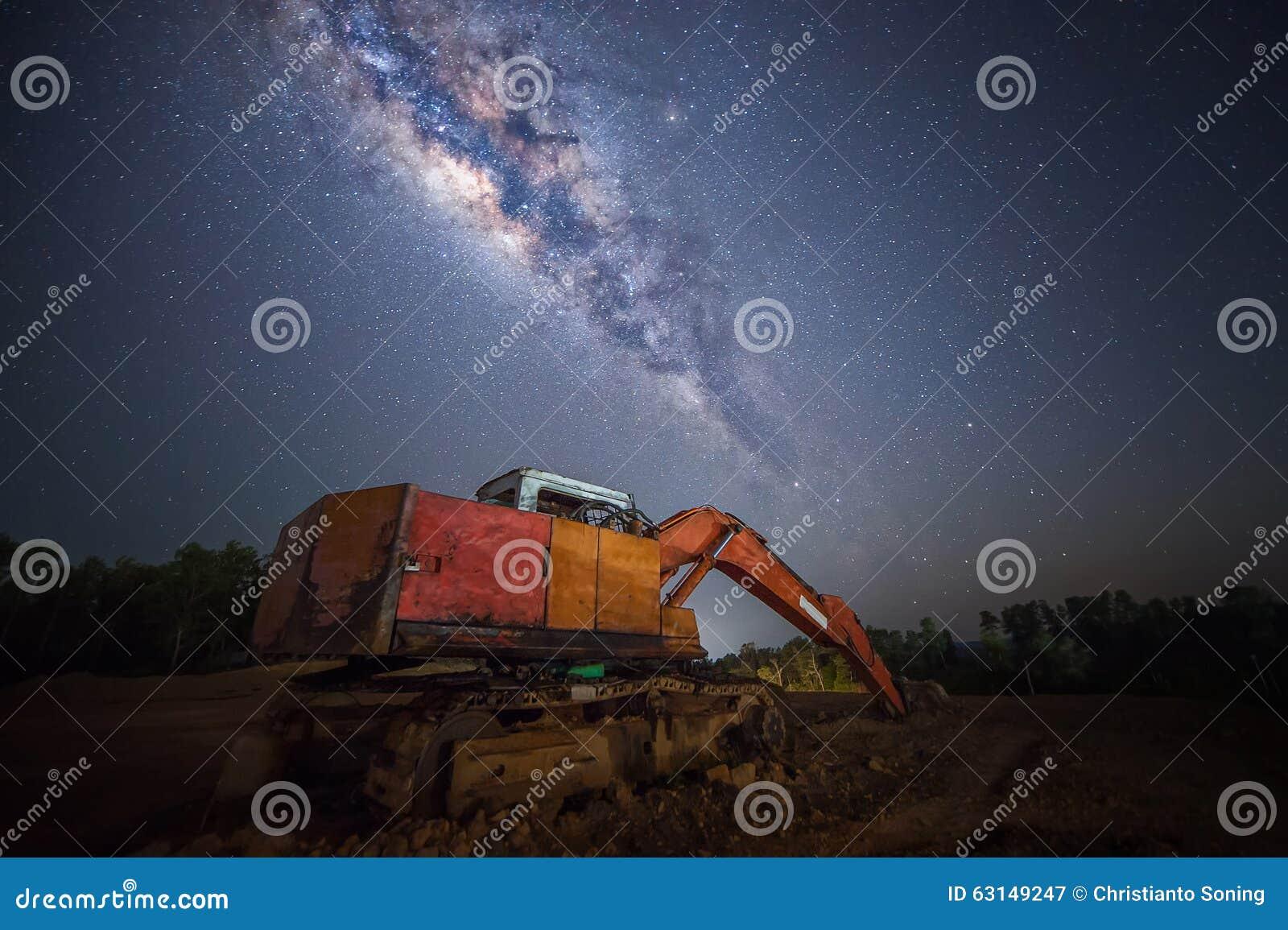 Κατασκευή κάτω από το milkyway γαλαξία