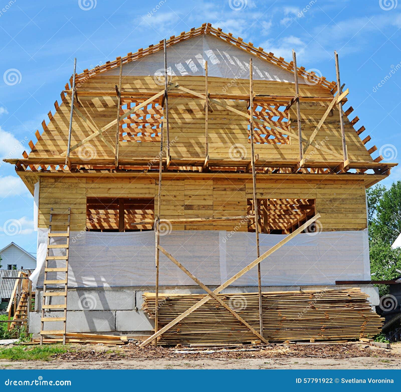 8b8ce85924e2 Κατασκευή του ξύλινου σπιτιού Στοκ Εικόνες - εικόνα από ...