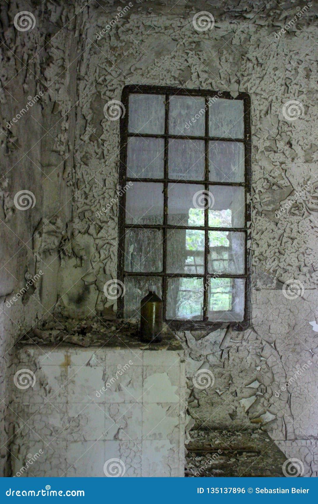 Καταστροφές χαμένης της beelitz-Heilstätten θέσης Βερολίνο Βραδεμβούργο