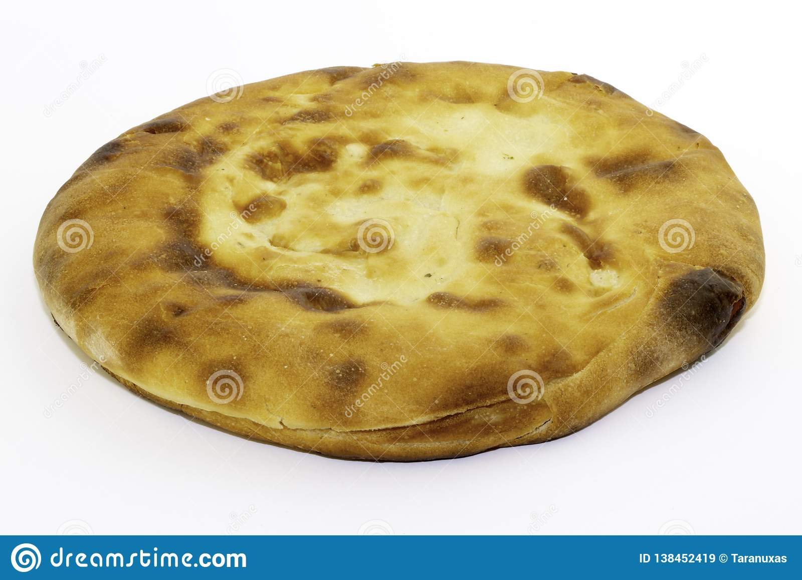 Καυκάσιο unleavened άσπρο ψωμί που γίνεται από το αλεύρι σίτου - ψωμί pita