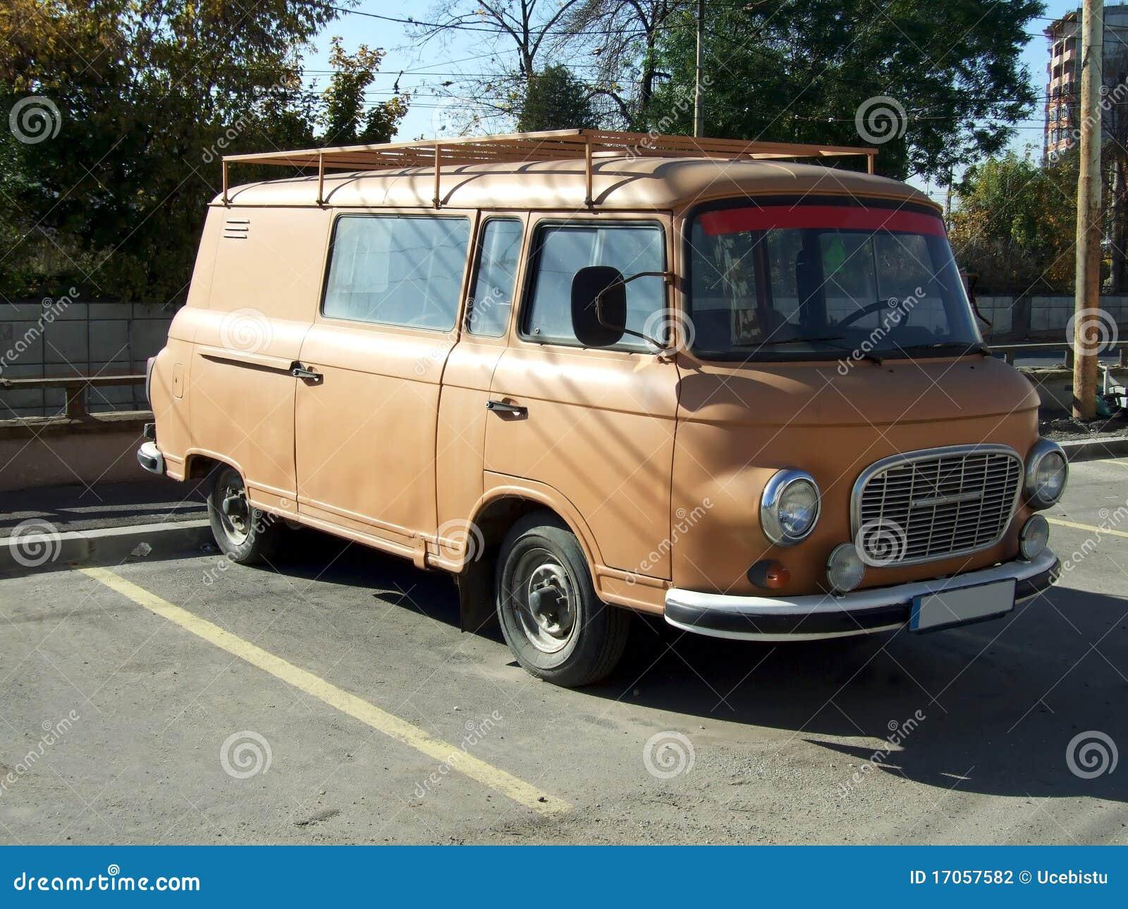 καφετί φορτηγό