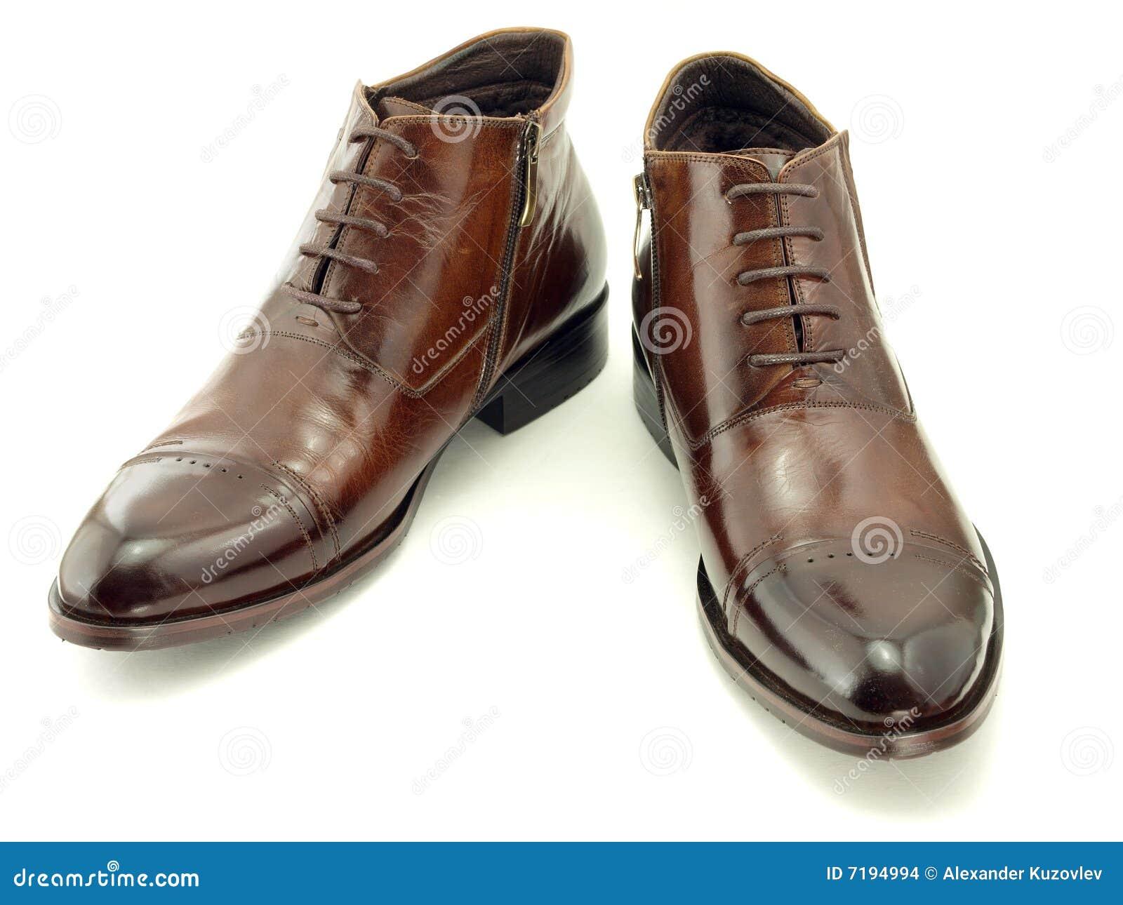 καφετιά παπούτσια δερμάτω