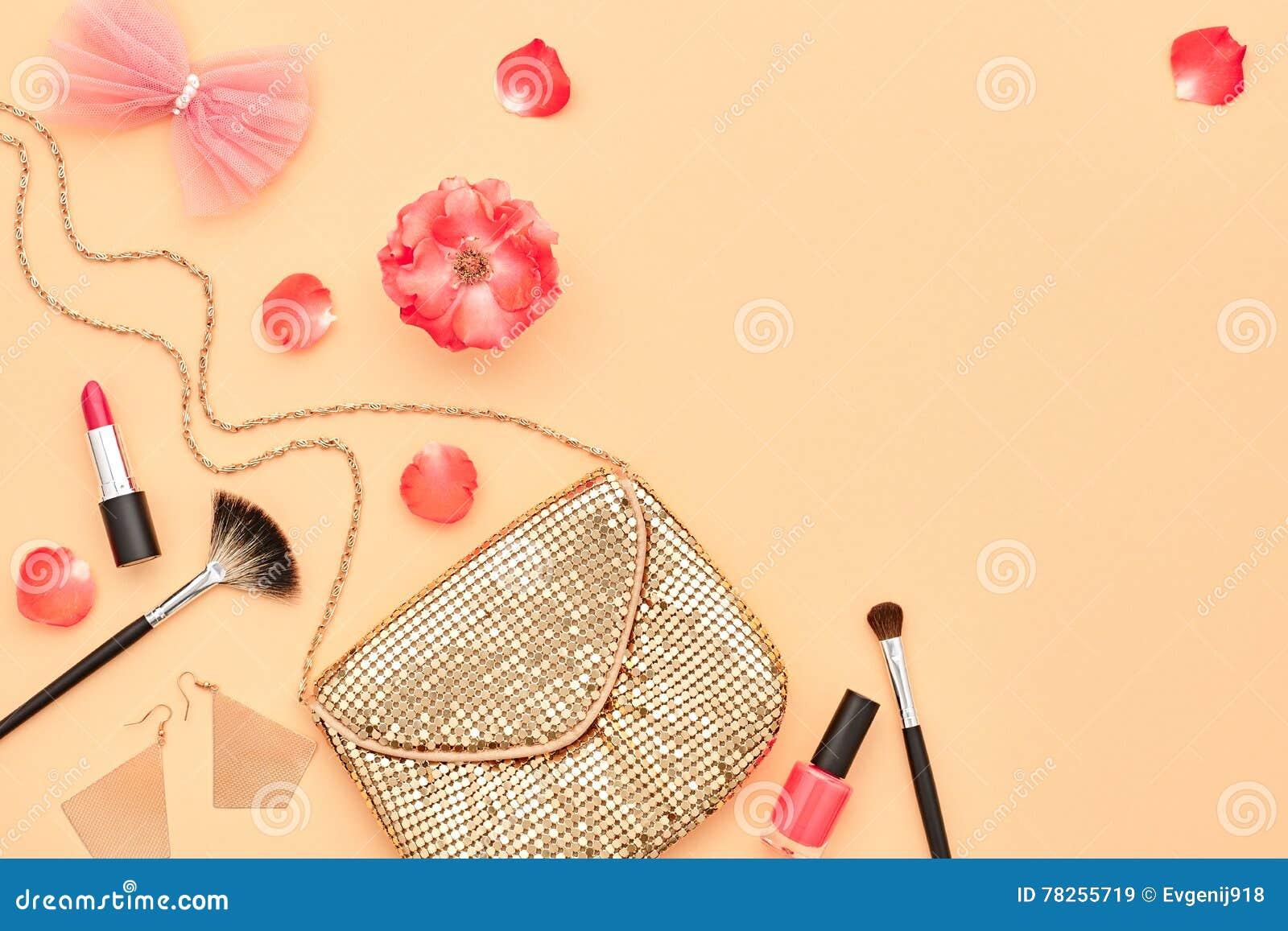 Καλλυντικά εξαρτήματα Makeup μόδας essentials