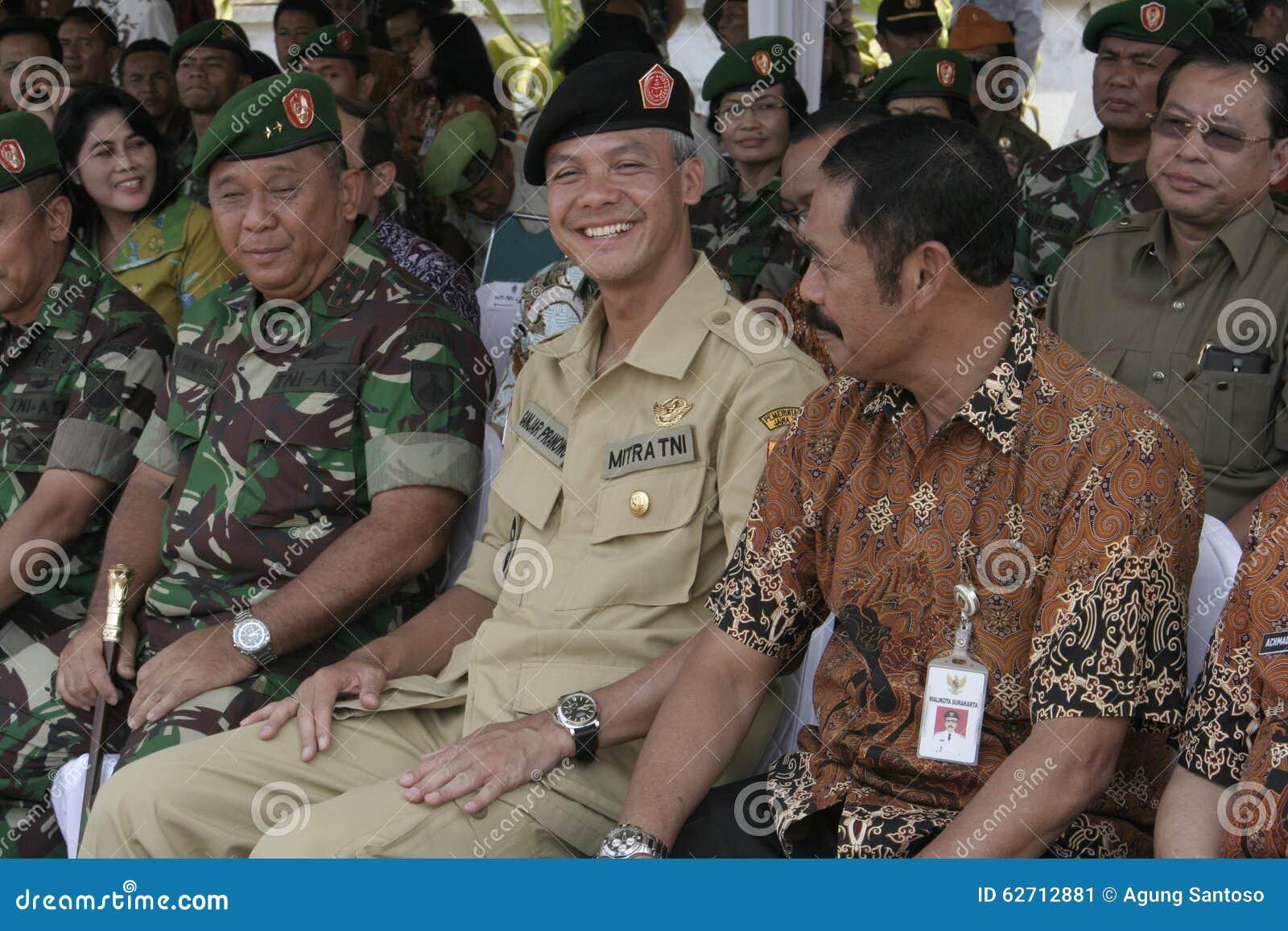 Κεντρικός κοινός ανώτερος υπάλληλος Ganjar Pranowo κυβερνητών της Ιάβας