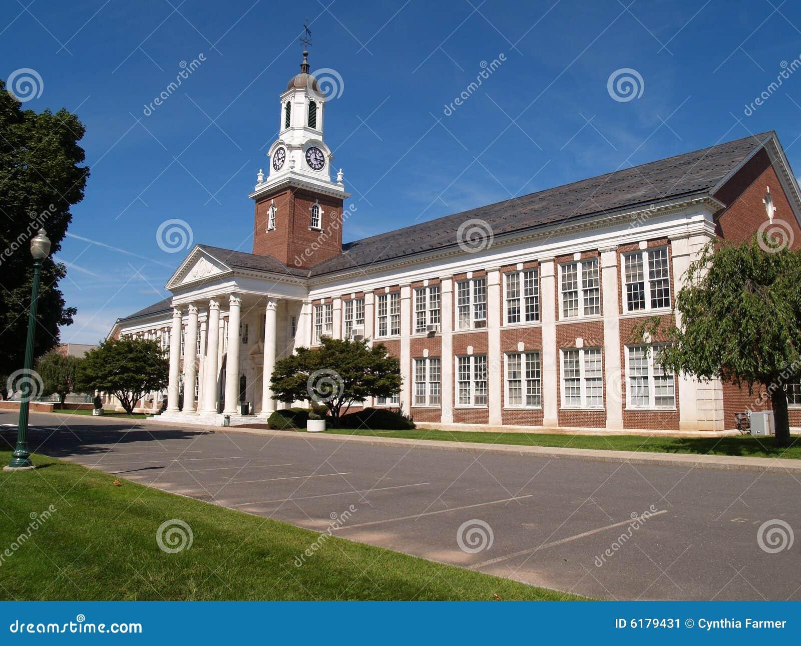 κεντρικό κρατικό πανεπιστήμιο του Κοννέκτικατ