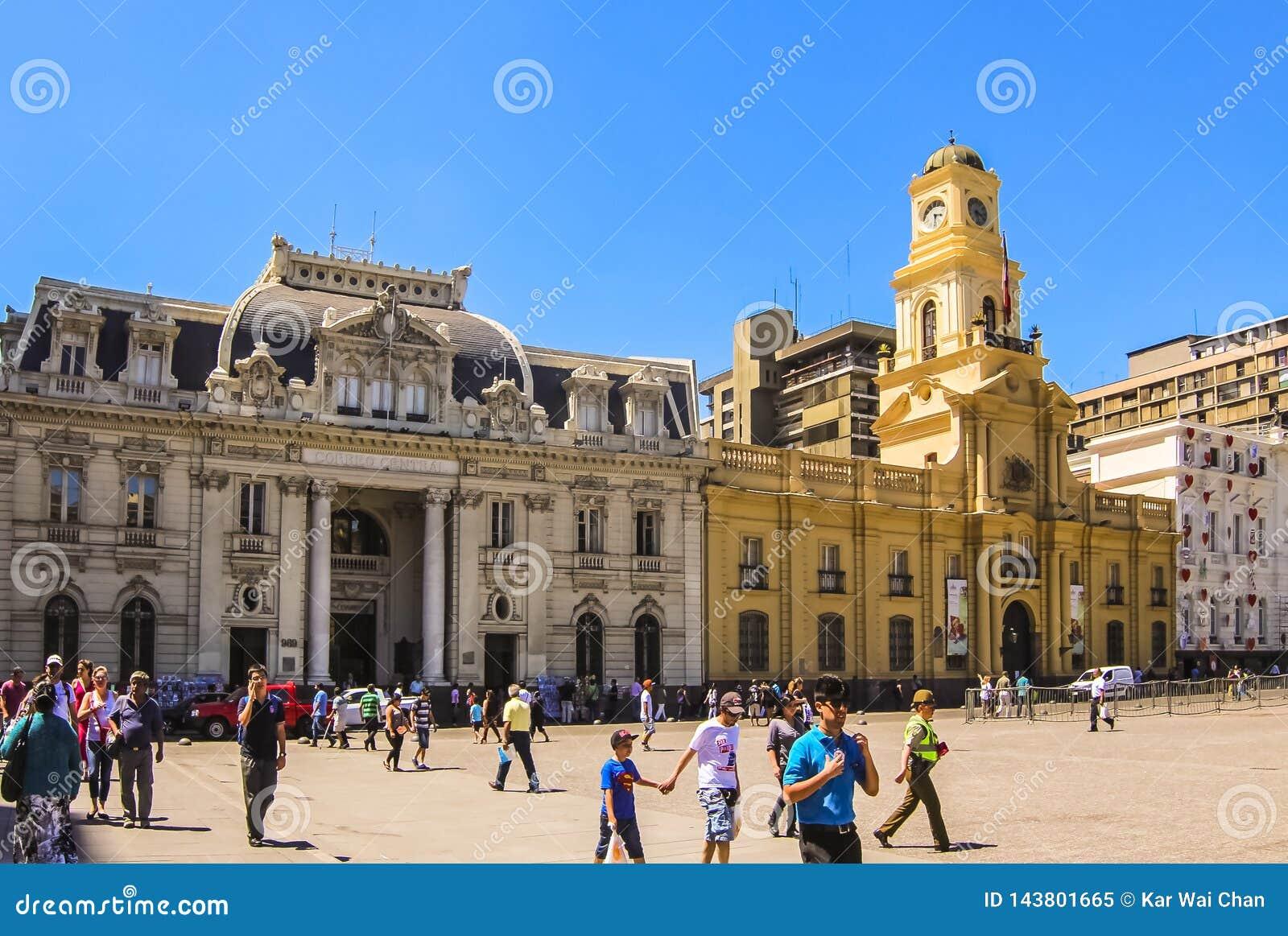 Κεντρικό κτήριο ταχυδρομείου και βασιλικό παλάτι δικαστηρίου Plaza de Armas