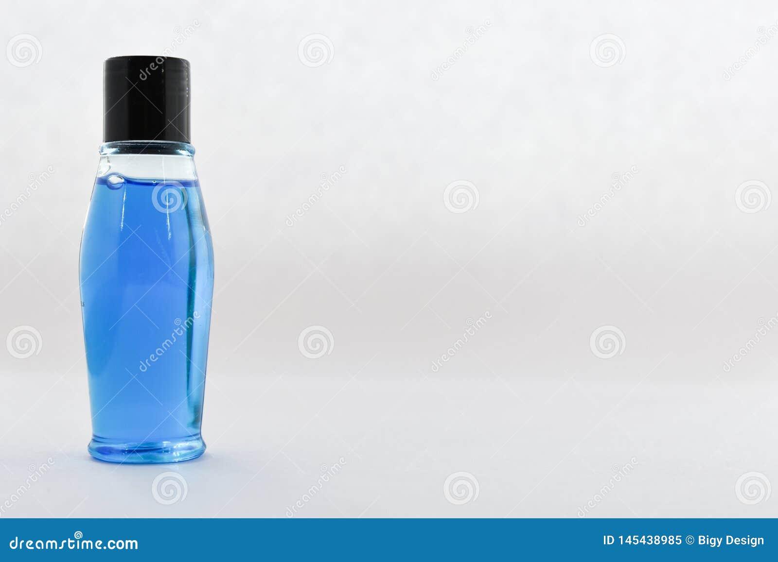 Κενό μπουκάλι, μπλε υγρό