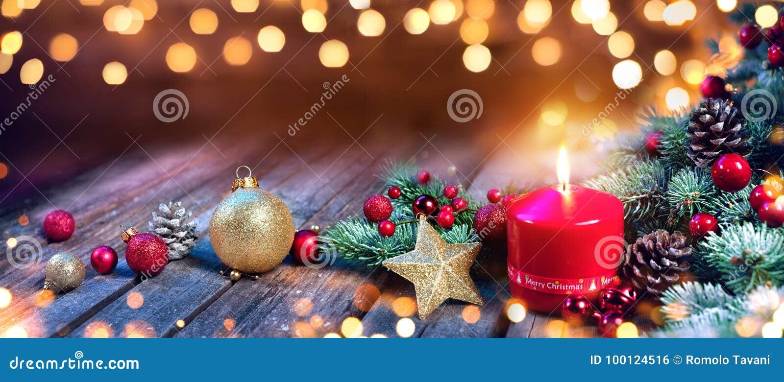 Κερί εμφάνισης με τη διακόσμηση Χριστουγέννων