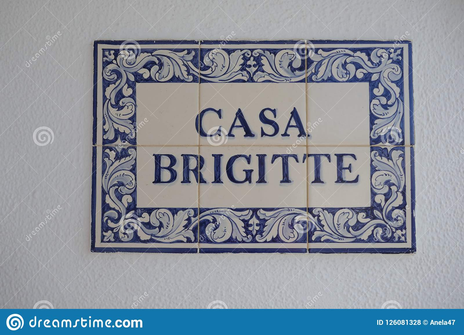 Κεραμίδια CASA BRIGITTE, πορτογαλικά ή ισπανικά κεραμικά, αποκαλούμενα azulejos