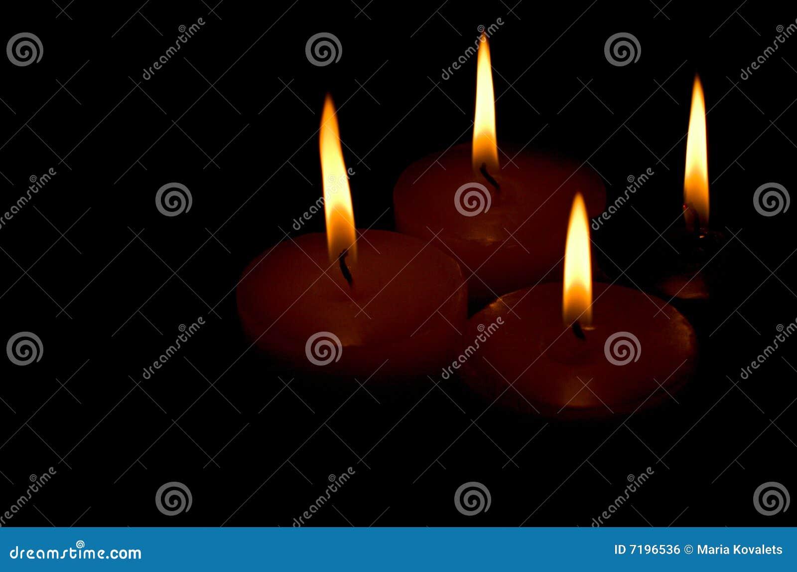 κεριά τέσσερα