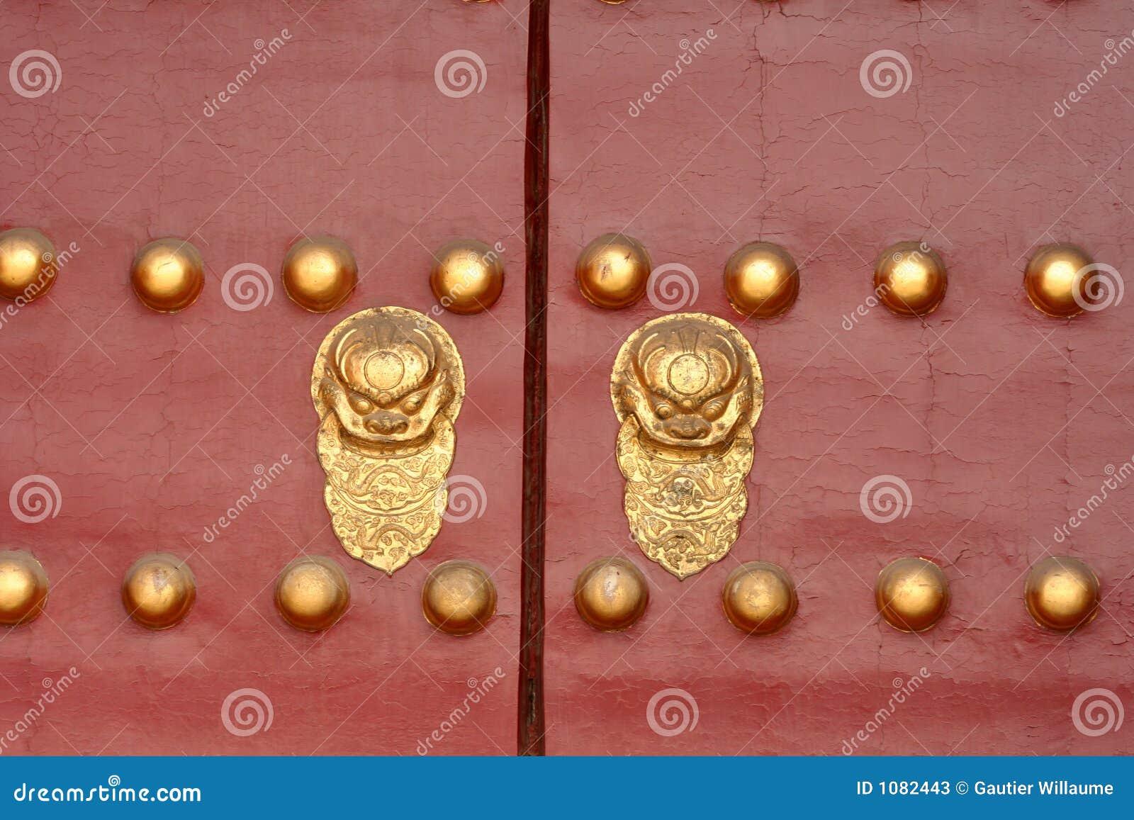 κινεζική πόρτα