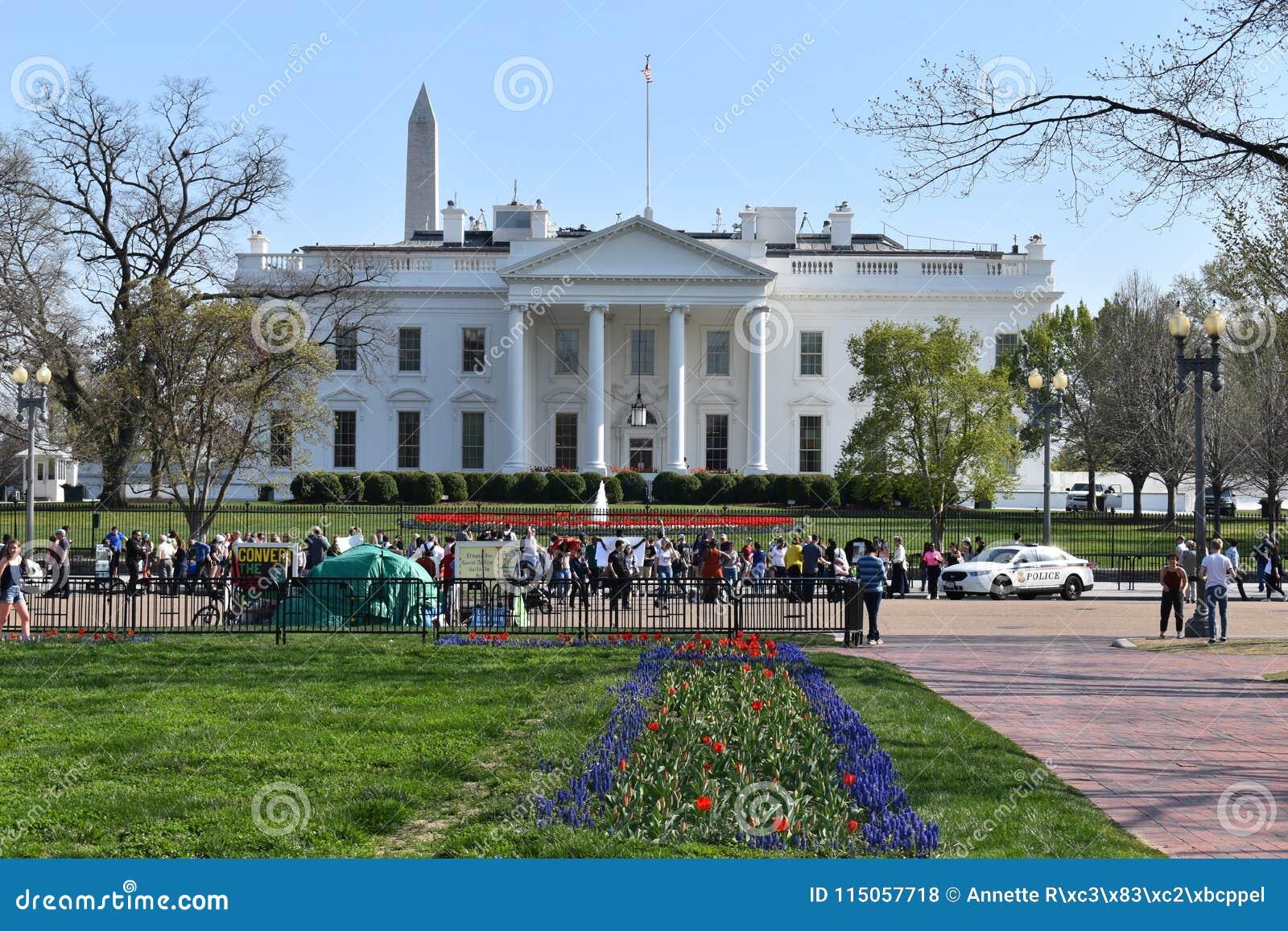 Κινηματογράφηση σε πρώτο πλάνο του Λευκού Οίκου στην Ουάσιγκτον Δ Γ στις ΗΠΑ