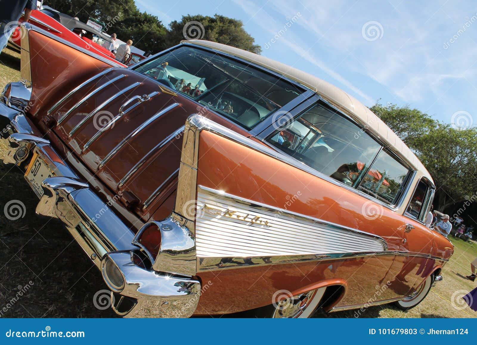 Κλασική σπάνια αμερικανική κινηματογράφηση σε πρώτο πλάνο αυτοκινήτων Chevy