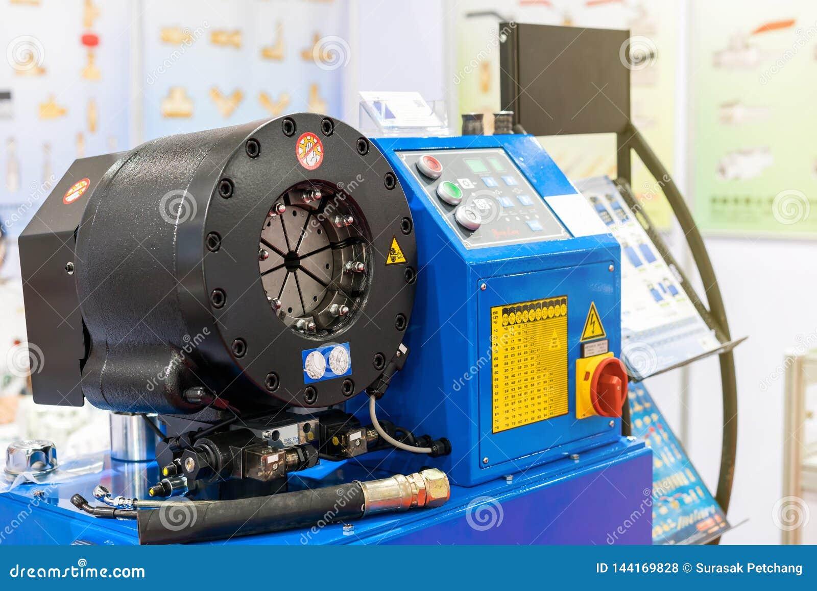 Κλείστε επάνω crimp το κεφάλι της αυτόματης υδραυλικής λαστιχένιας πτυχώνοντας μηχανής μανικών για βιομηχανικό