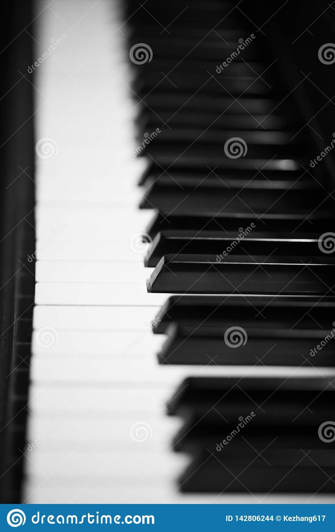 Κλειδιά στο μεγάλο πιάνο μωρών
