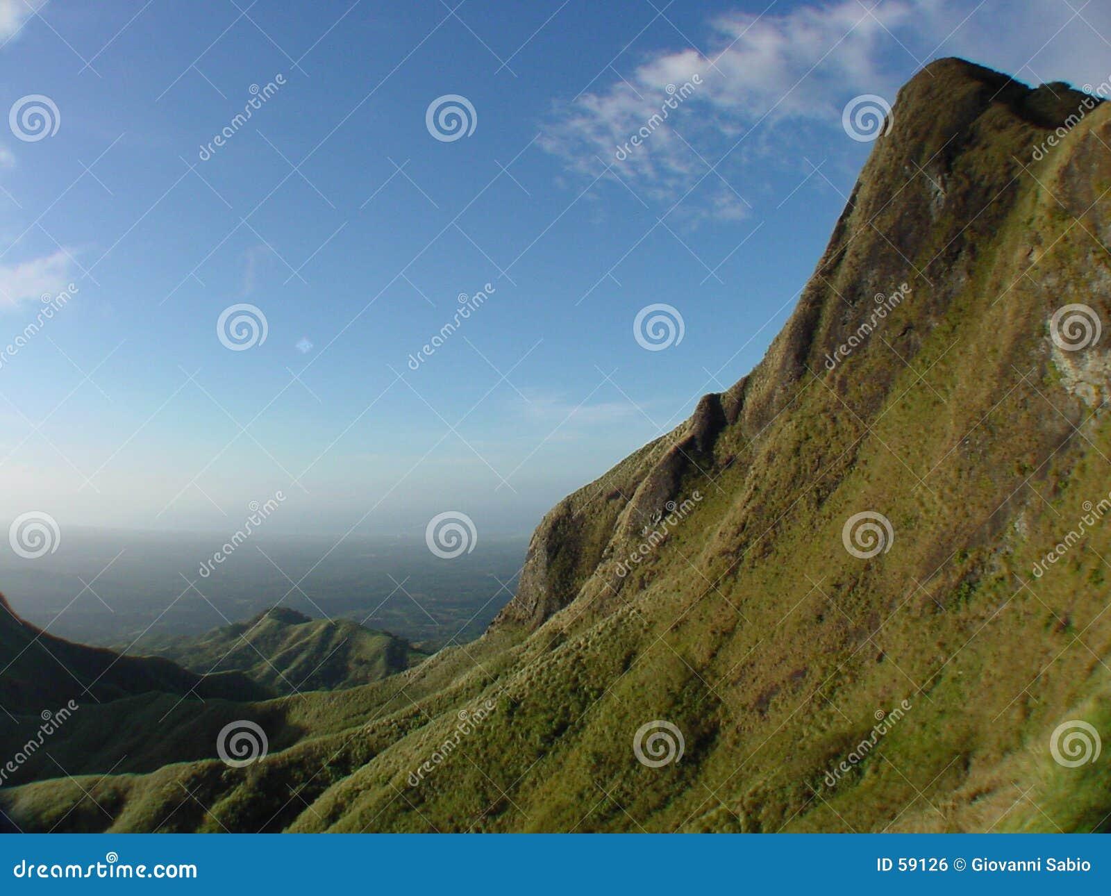 κοιλάδα βουνών