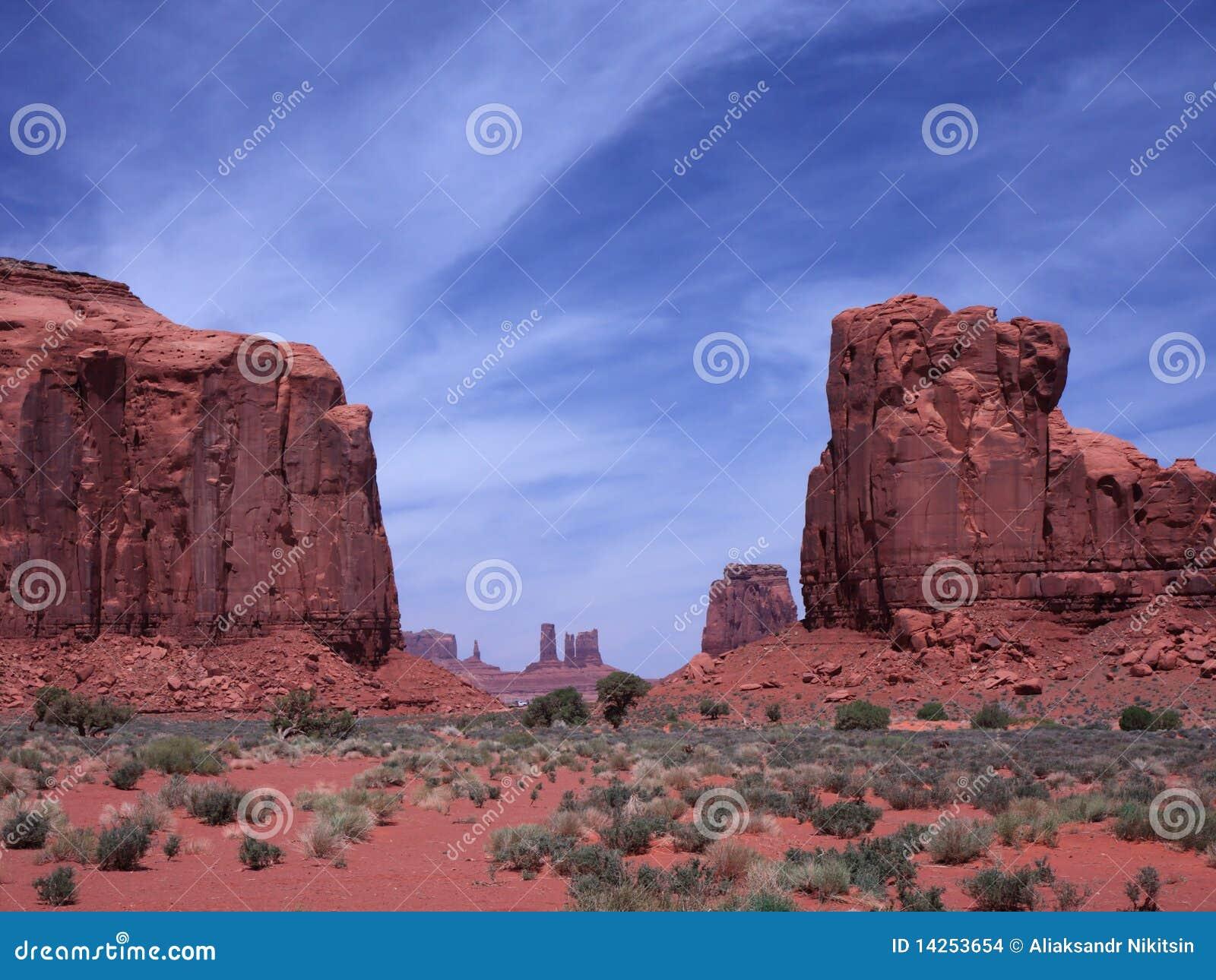 κοιλάδα μνημείων ερήμων τη&sig