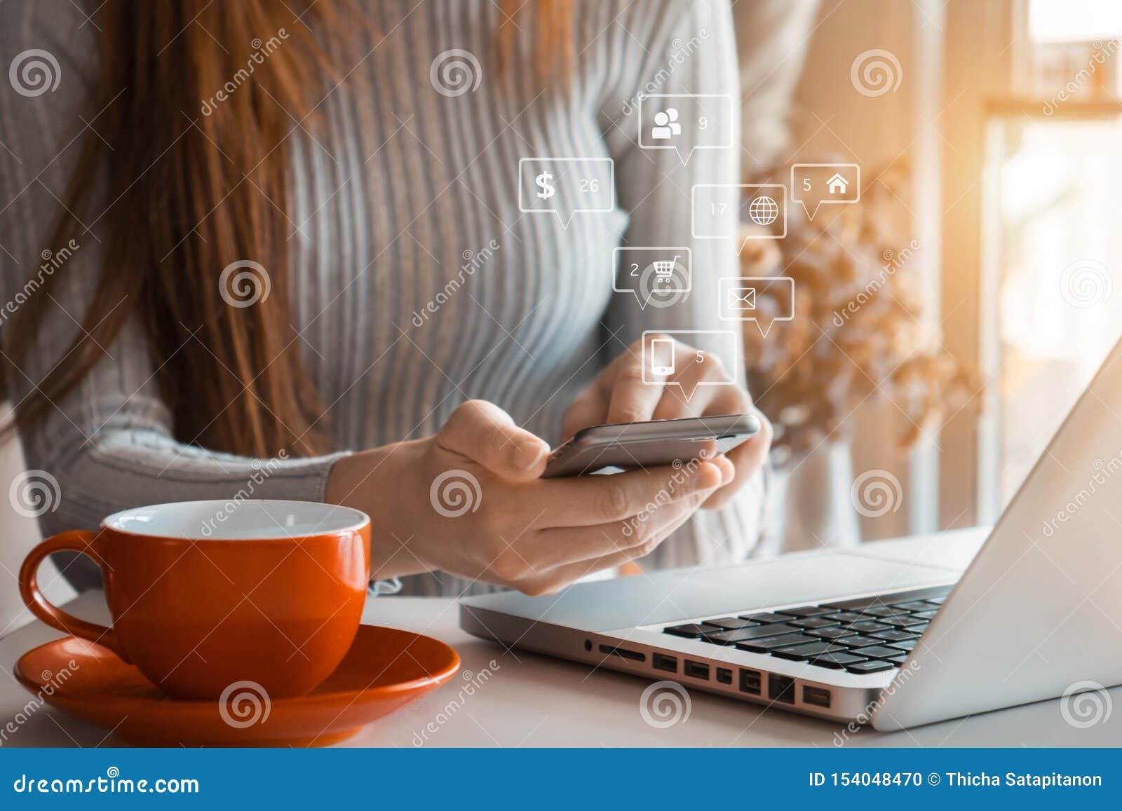 Κοινωνική οθόνη μέσων και εικονική εικονιδίων μάρκετινγκ